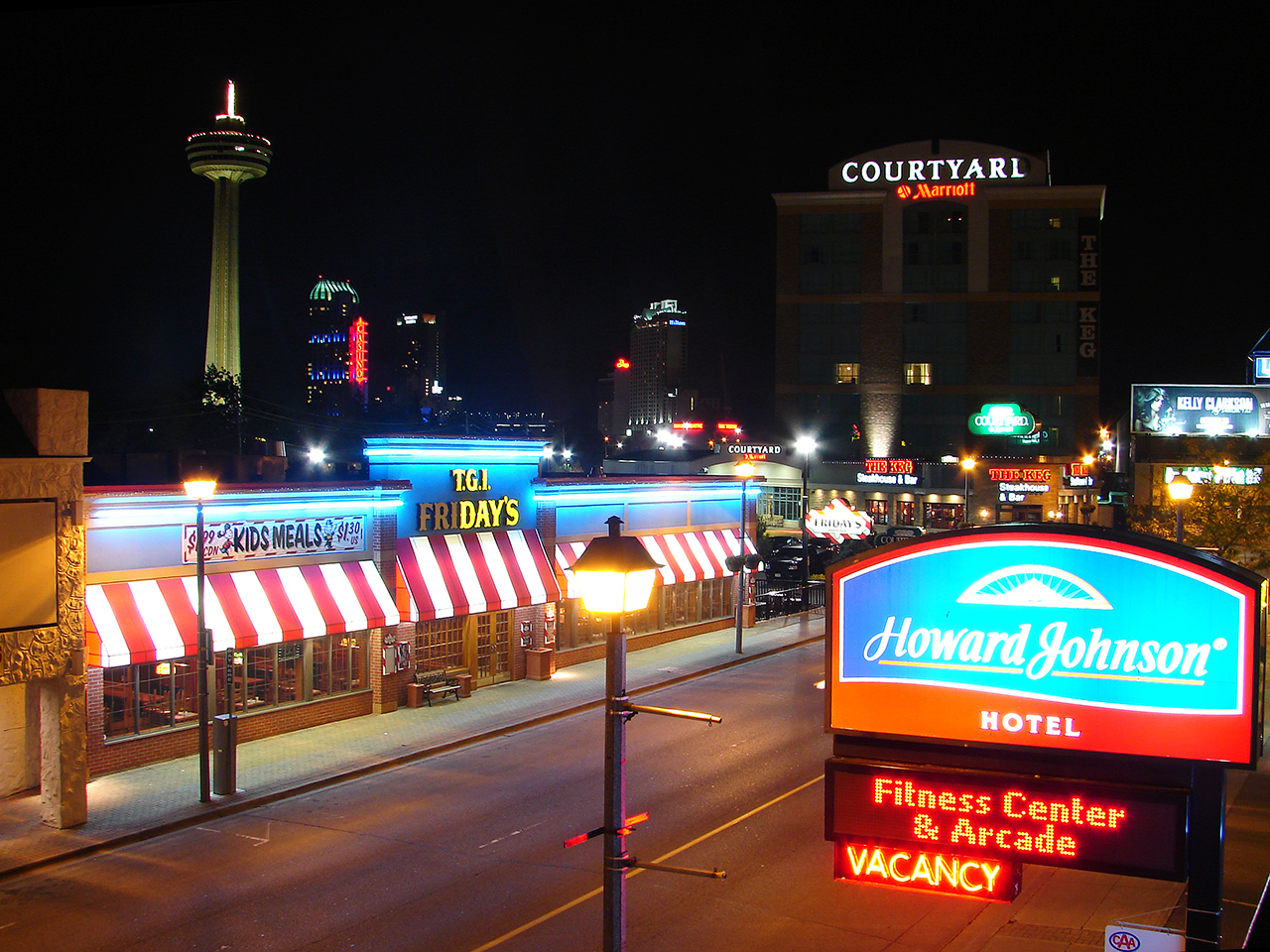 File Victoria Avenue At Night Niagara Falls On Jpg