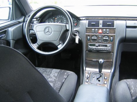 1000 Ideas About Mercedes G Wagon Interior On Pinterest