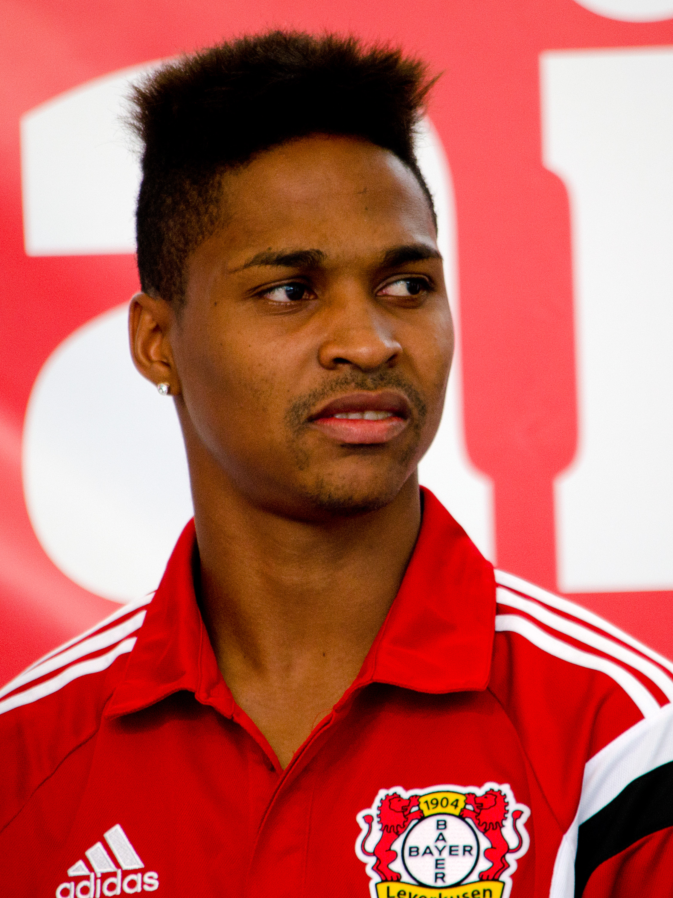 Bayer Leverkusen left back Wendell