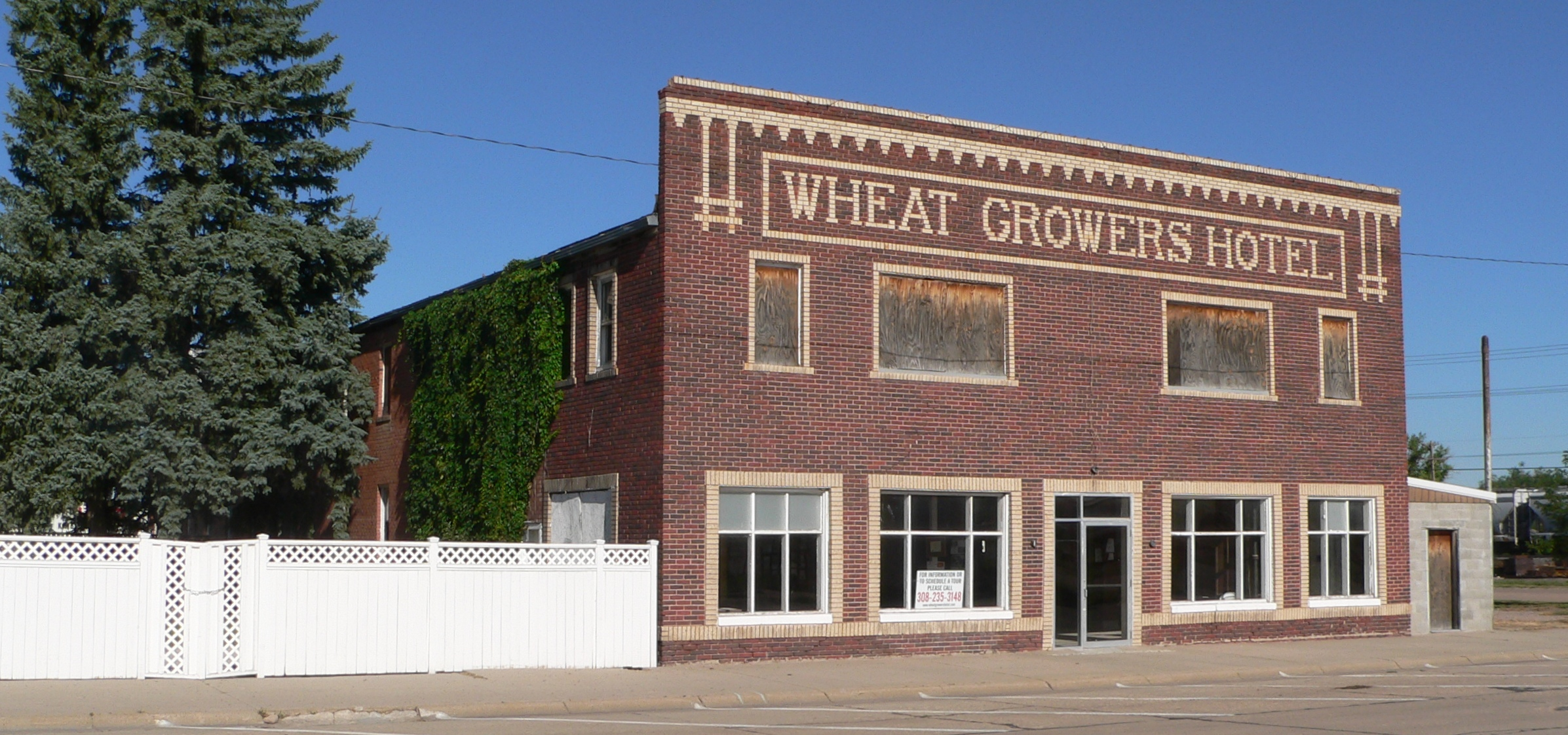 File Wheat Growers Hotel From Se 1 Jpg Wikimedia Commons