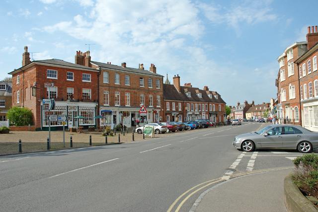 Woburn, Bedfordshire village centre - geograph.org.uk - 6514