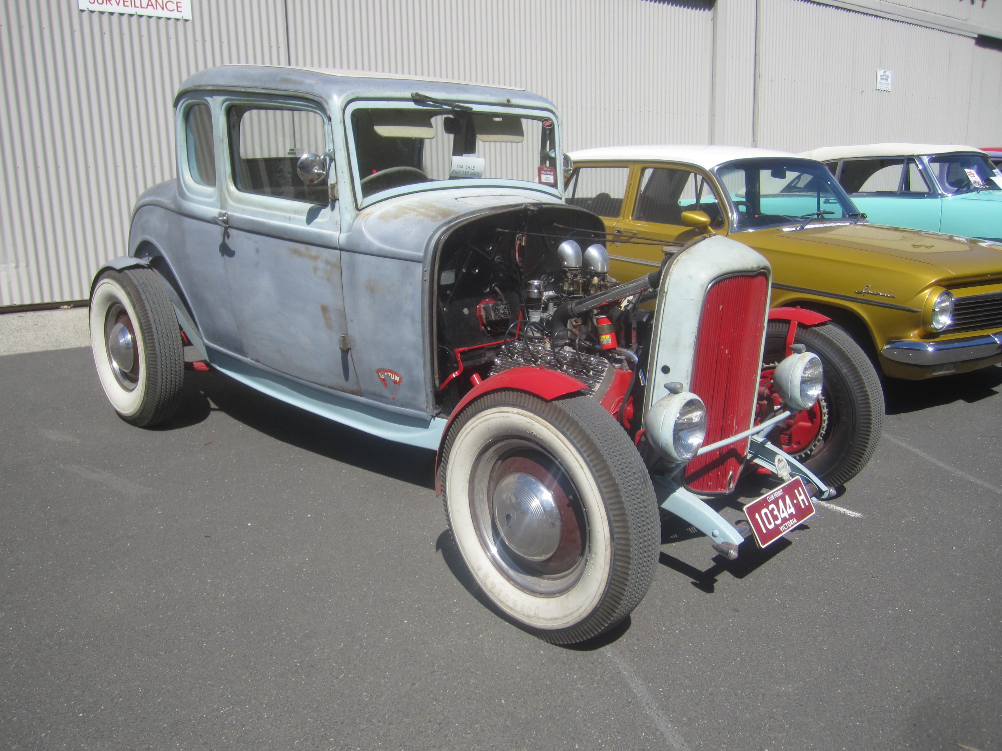 File:1932 Ford 5 window Coupe Hot Rod 2.jpg - Wikimedia Commons