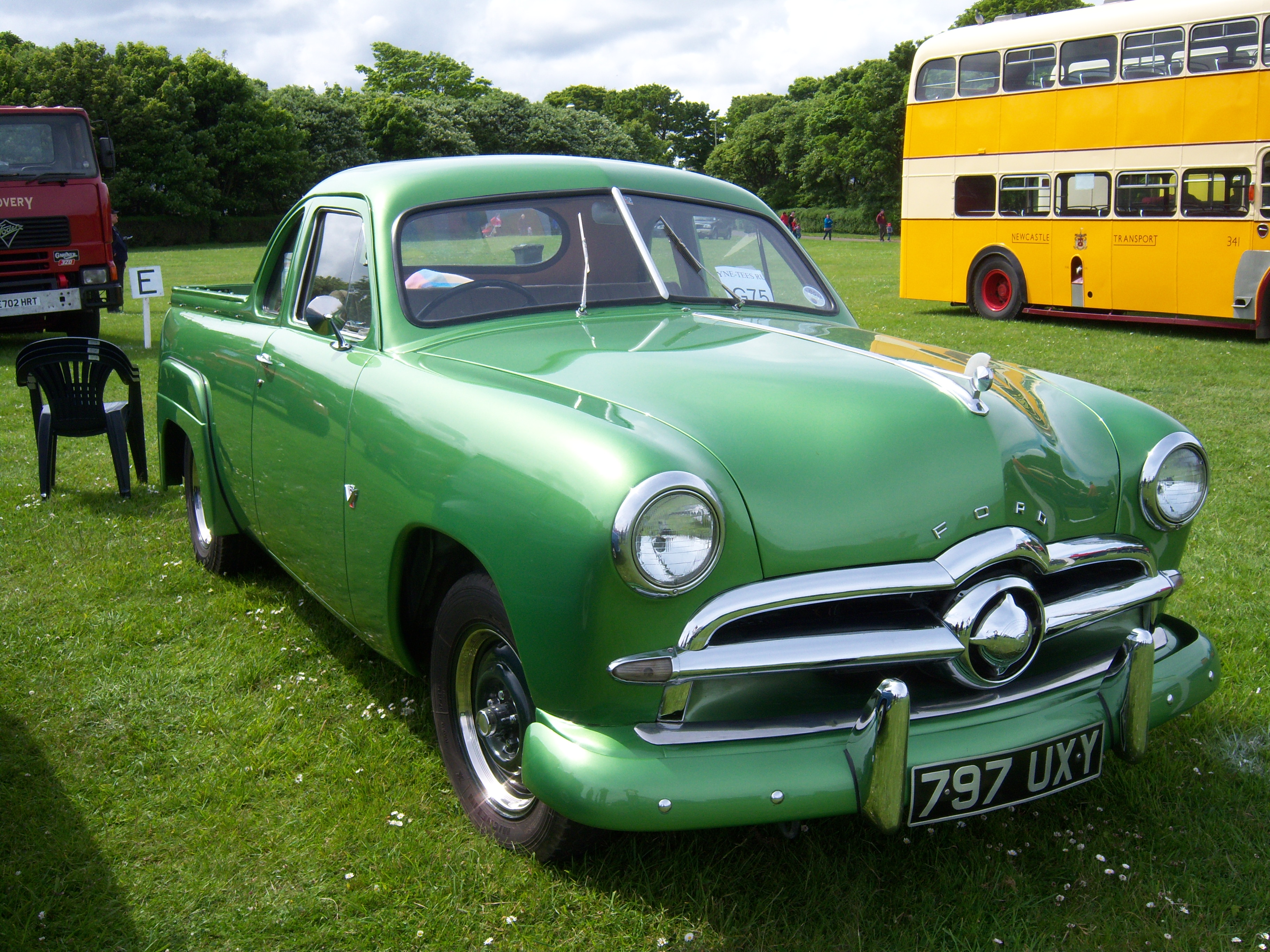 File 1949 Ford 8a 797 Uxy Coupe Utility 2012 Hcvs Tyne