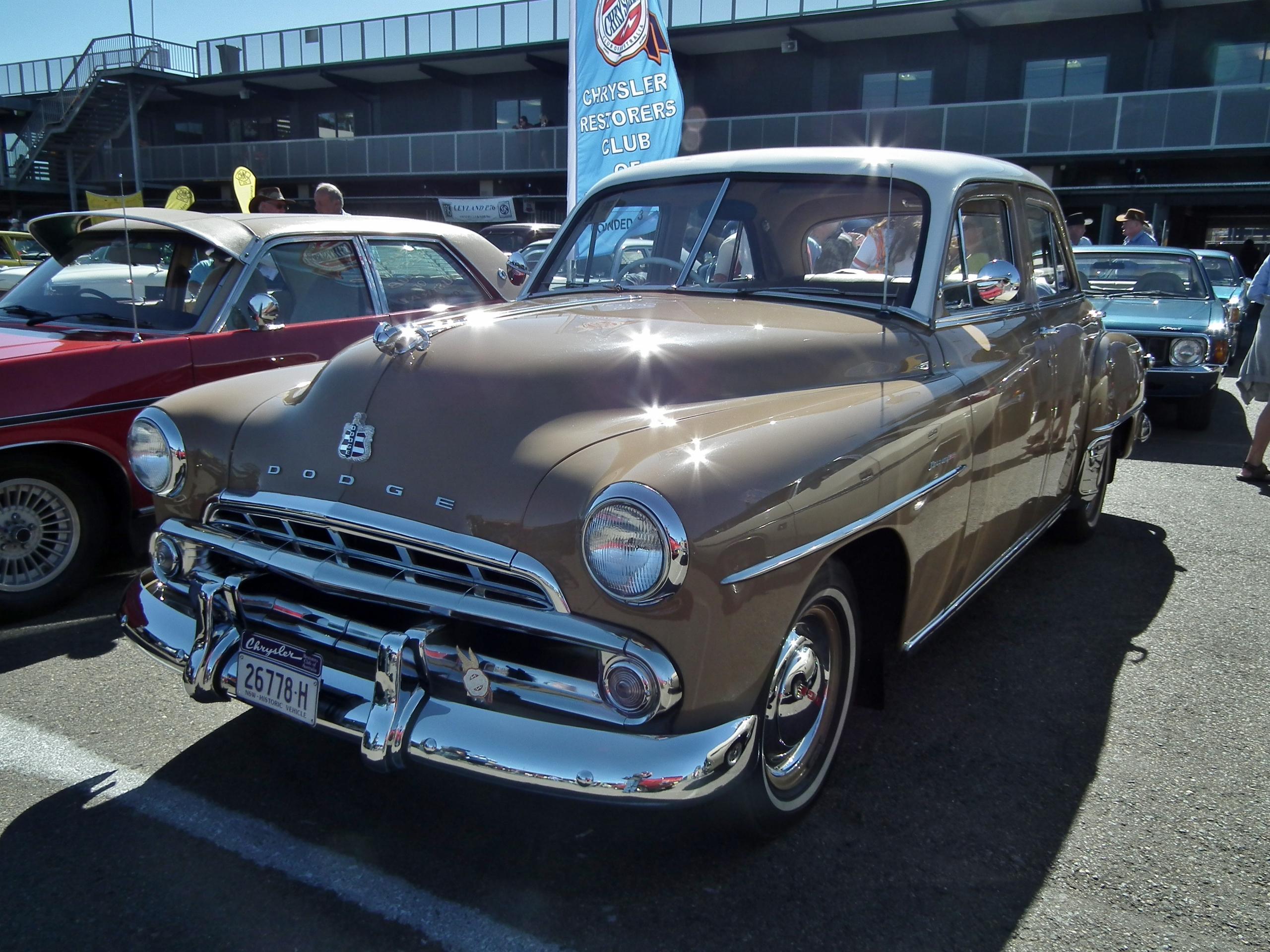 File 1952 dodge d40 kingsway custom sedan 9598937756 jpg