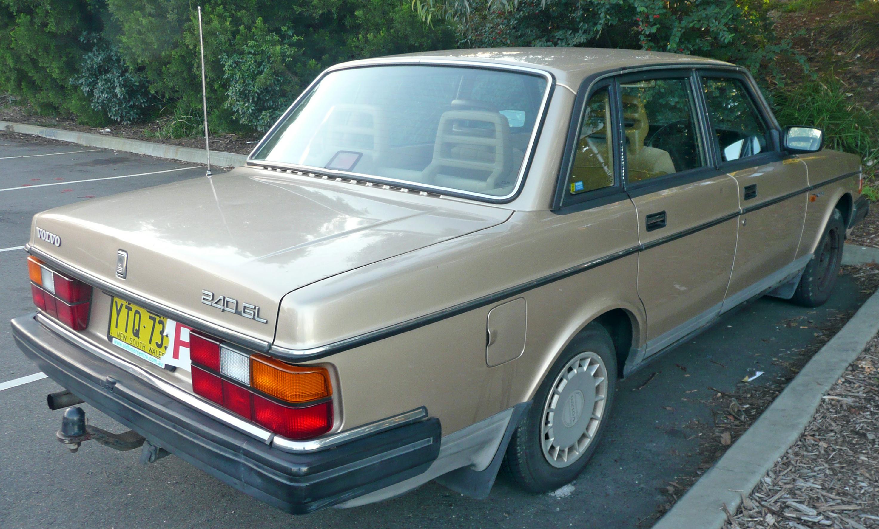 1988 volvo 240 dl specs