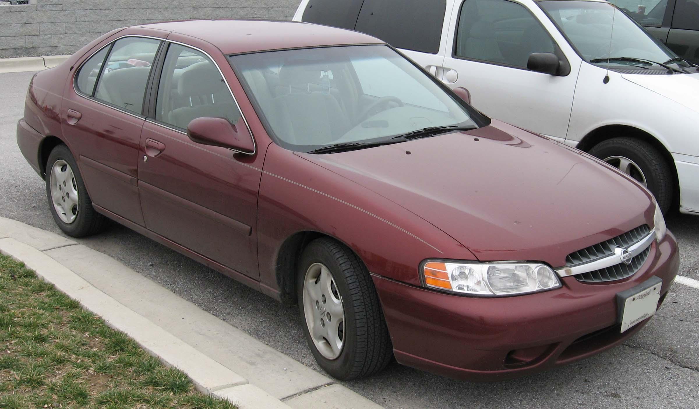File:2000-2001 Nissan Altima.jpg - Wikimedia Commons