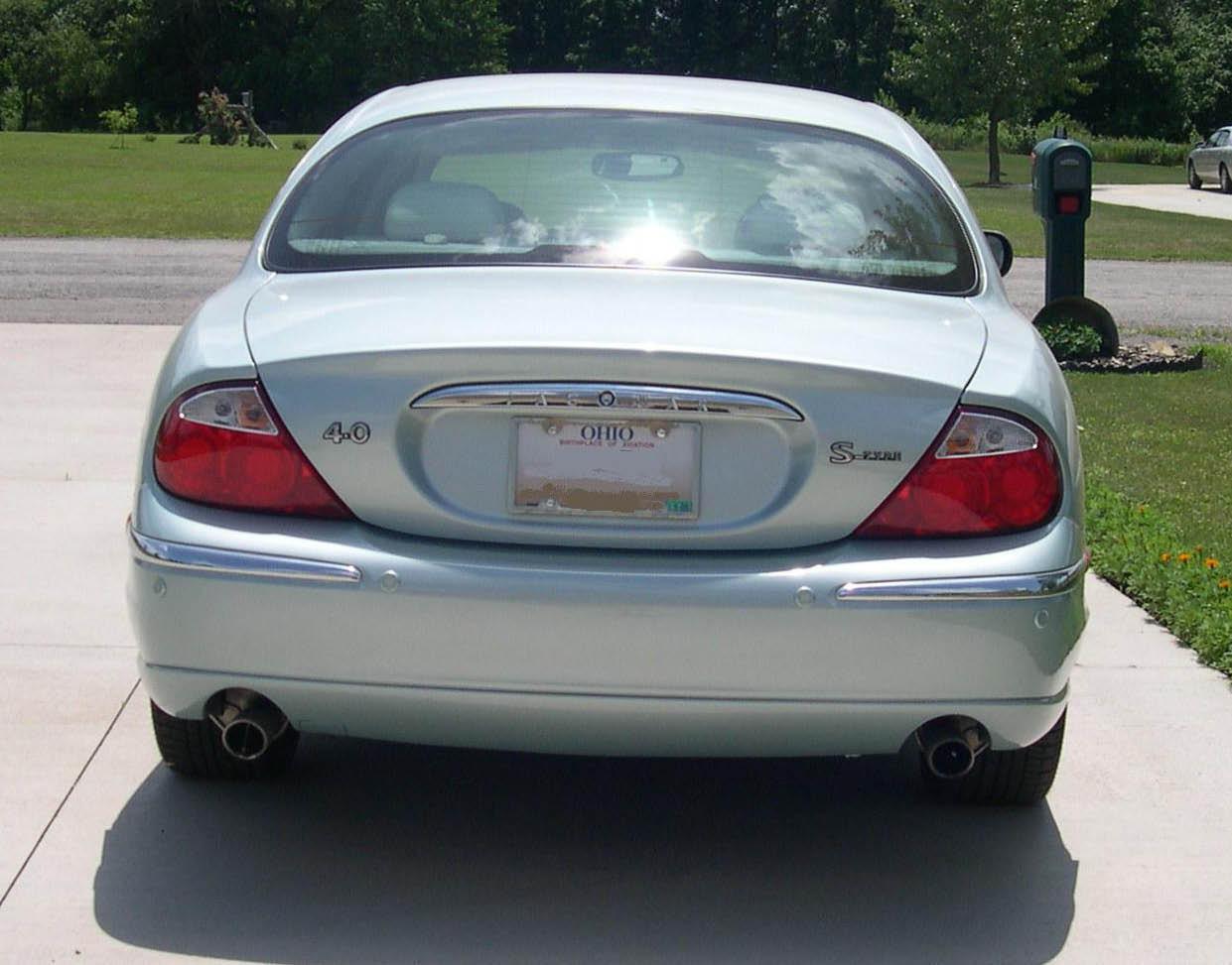 File:2001 Jaguar S-Type rear.JPG - Wikimedia Commons