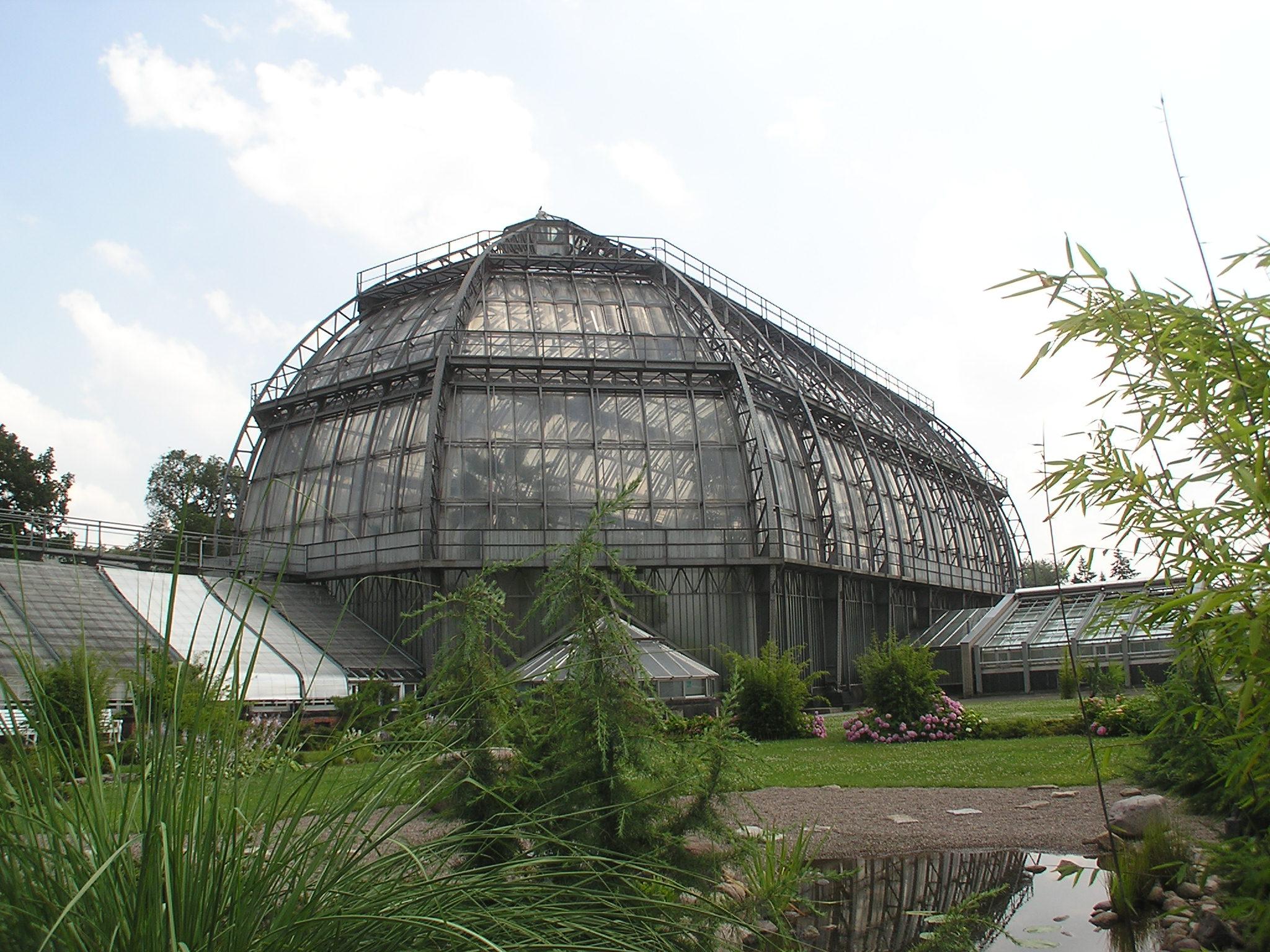 File:2006-07-08 Botanischer-garten Grosses-tropenhaus.jpg