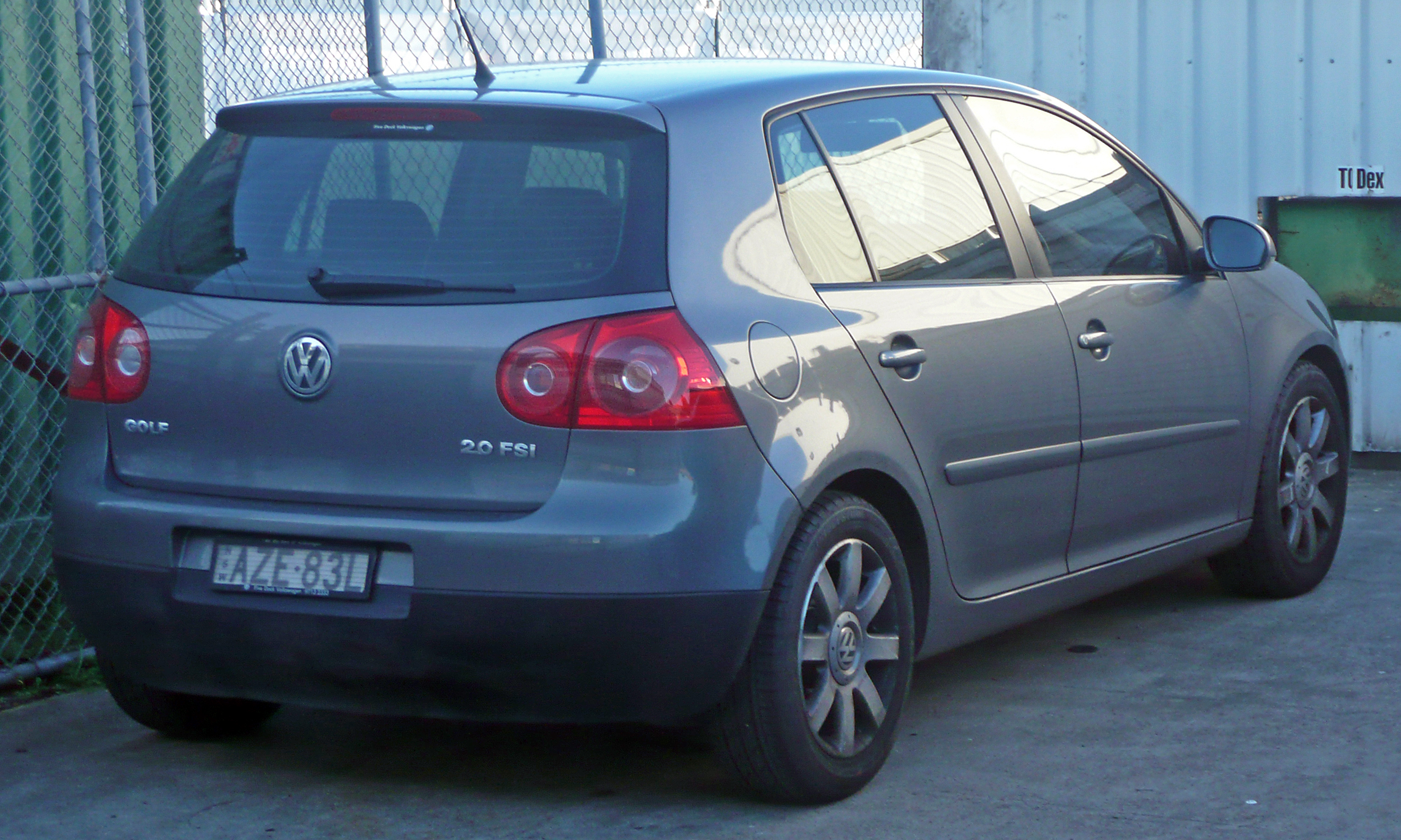 datei 2006 volkswagen golf 1k sportline 2 0 fsi 5 door hatchback 2010 06 13 jpg wikipedia. Black Bedroom Furniture Sets. Home Design Ideas
