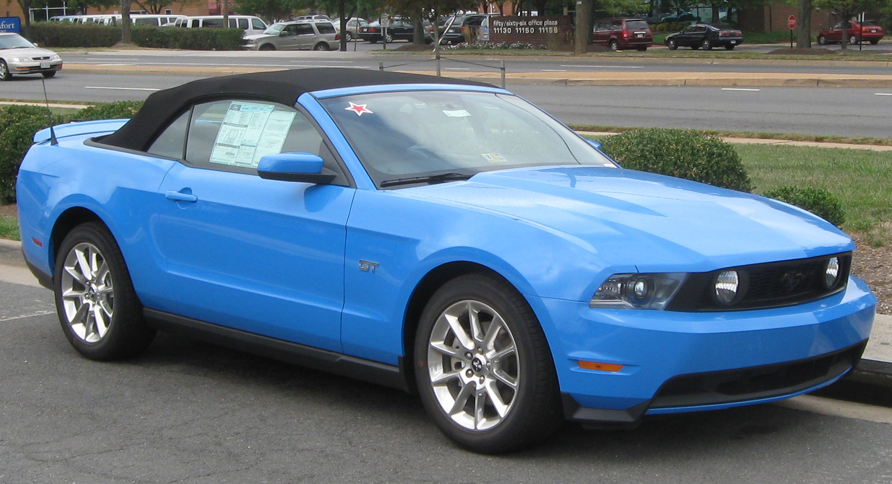 File 2010 Ford Mustang Gt Convertible 1 09 07 2009 Jpg