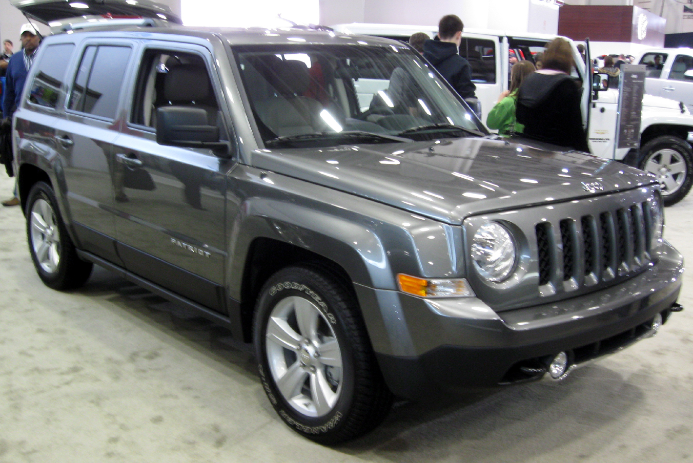 Jeep Patriot Lifted U003eu003e File:2011 Jeep Patriot Latitude X    2011 DC