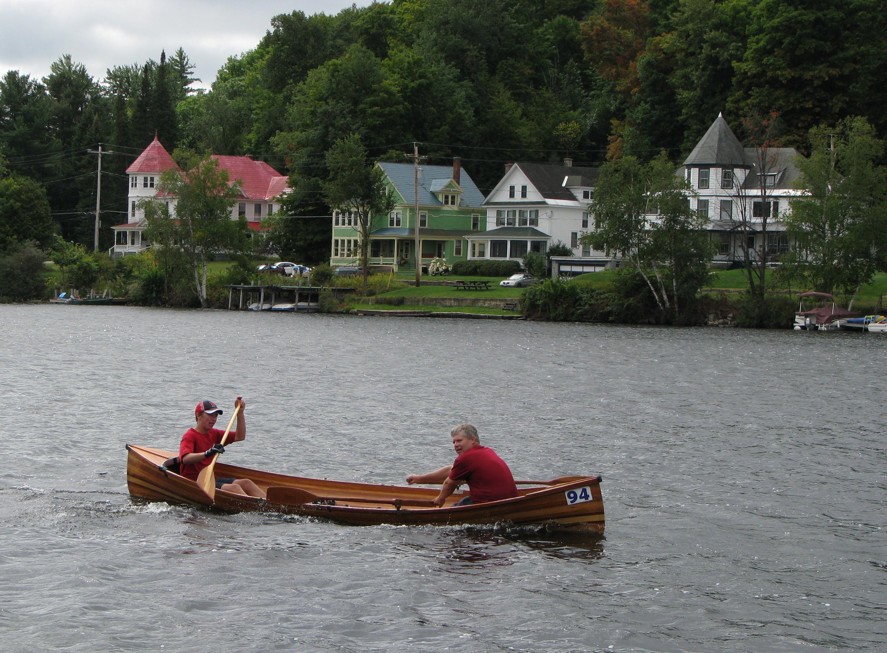 File adirondack canoe classic 2 man wikipedia for Guide boat