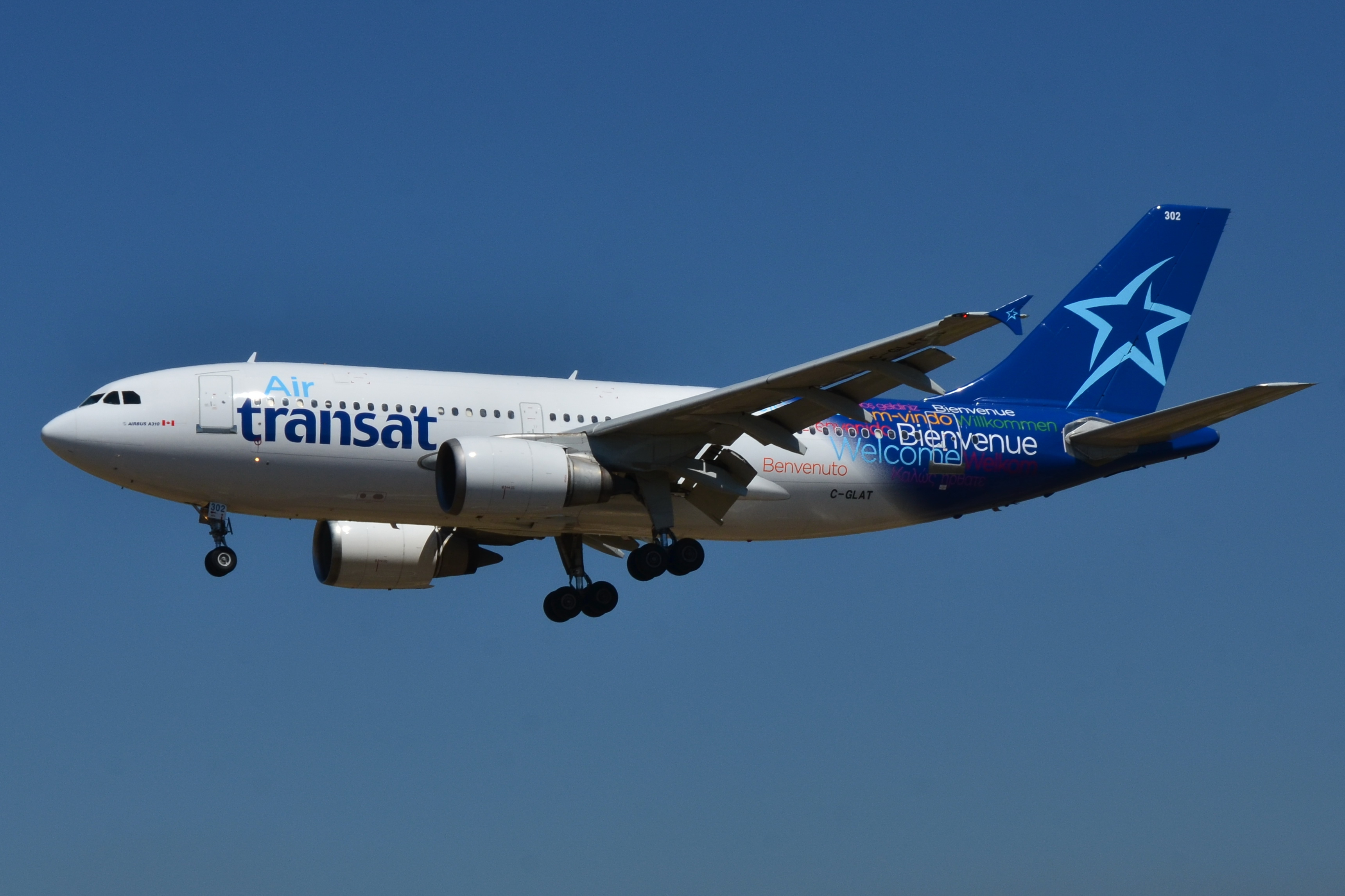 file airbus a310 300 air transat tsc c glat msn 588 9510329329 jpg