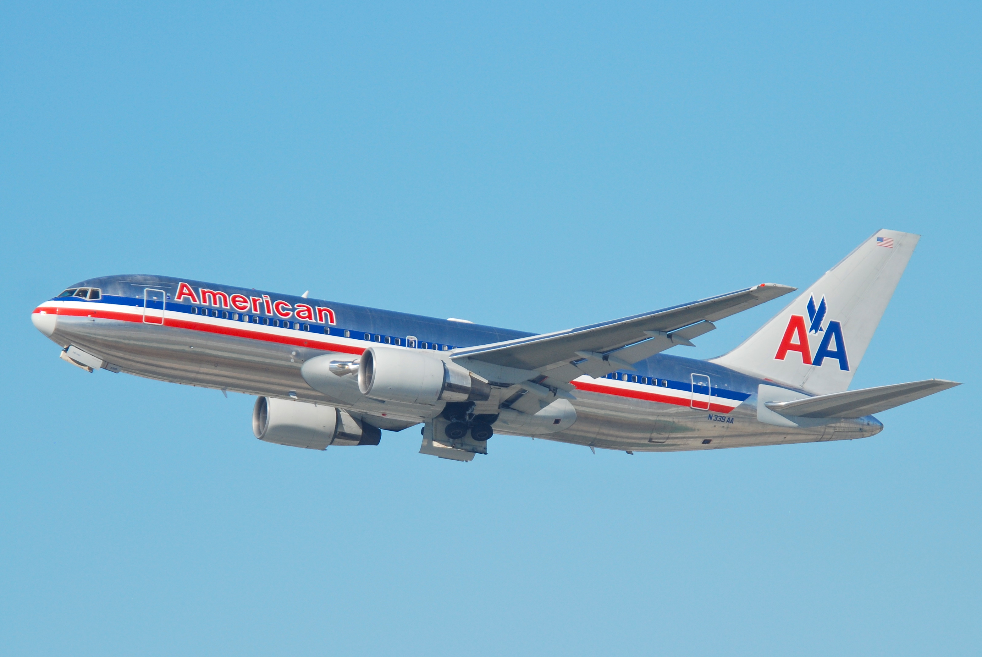 File:American Airlines Boeing 767-200; N339AA@LAX;11.10 ...