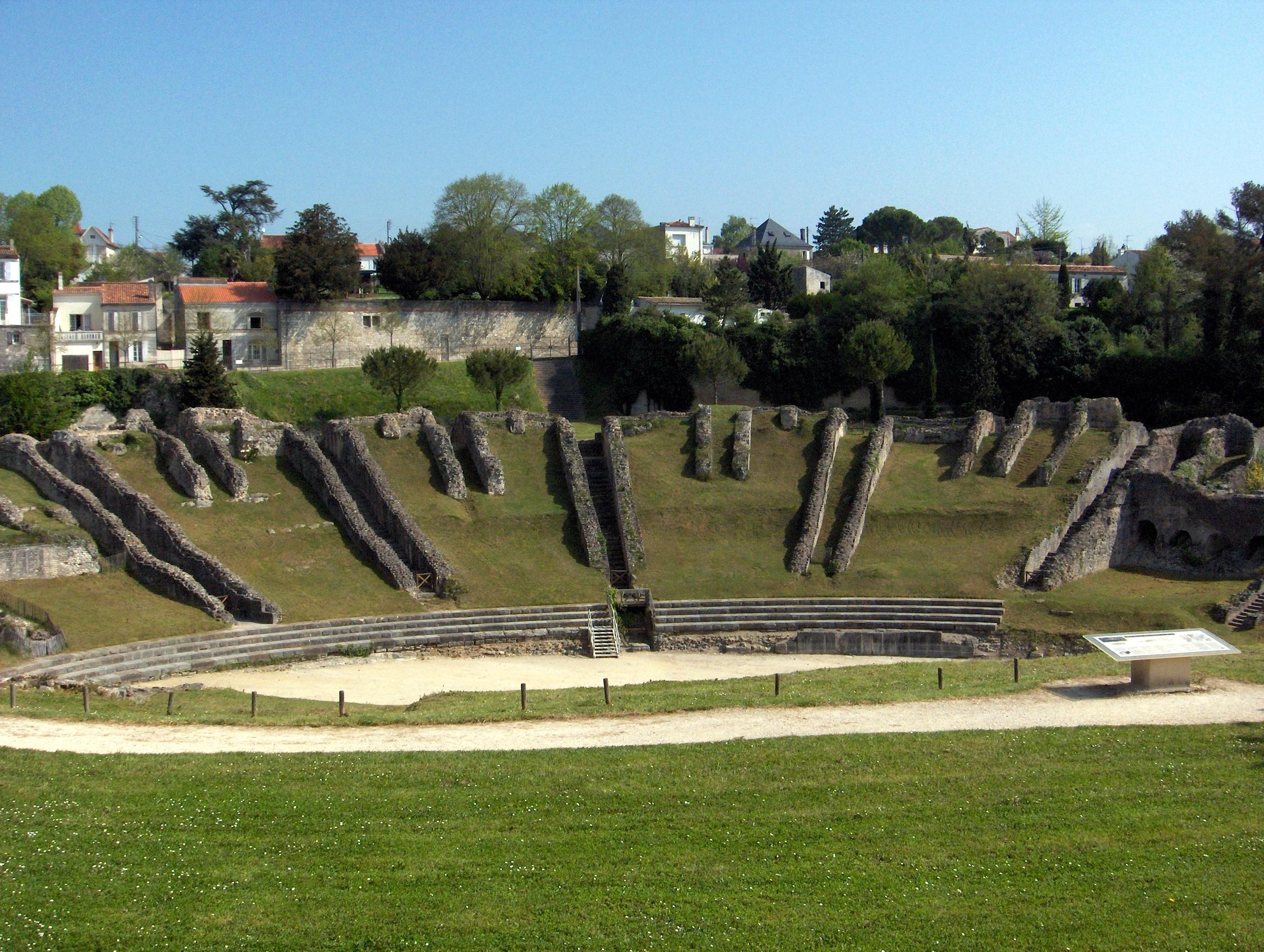 Amphithéâtre gallo-romain appelé localement