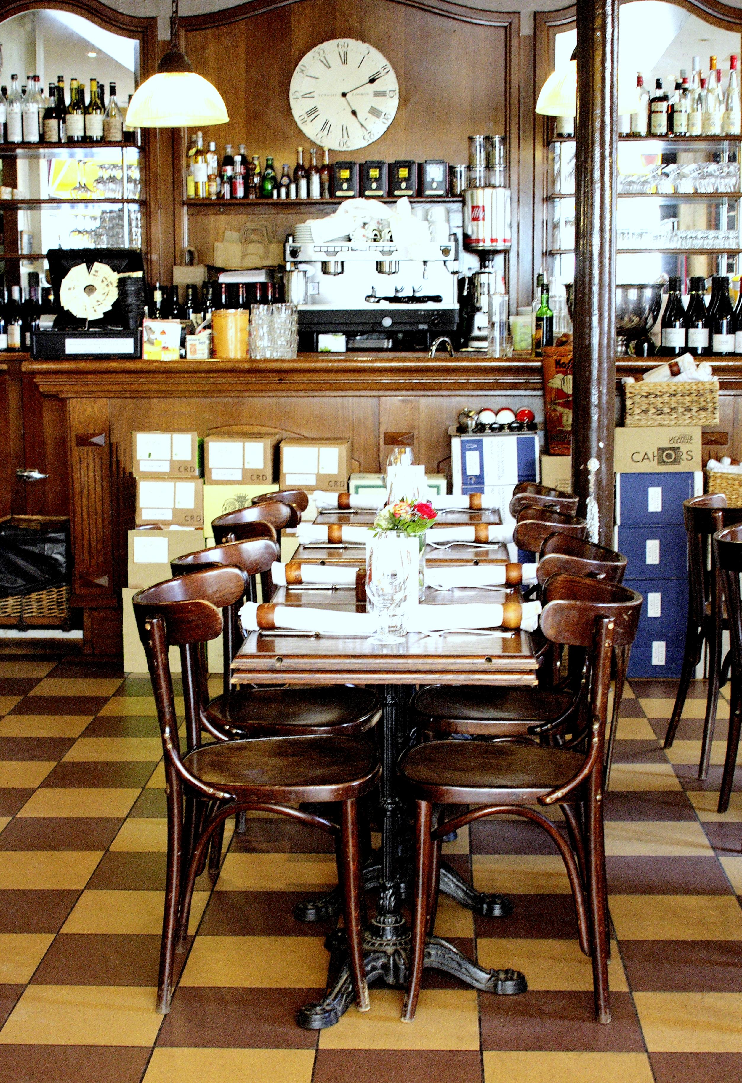 File au vieux comptoir 6 rue des lavandi res sainte opportune 75001 paris wikimedia - Comptoir des cotonniers paris stores ...