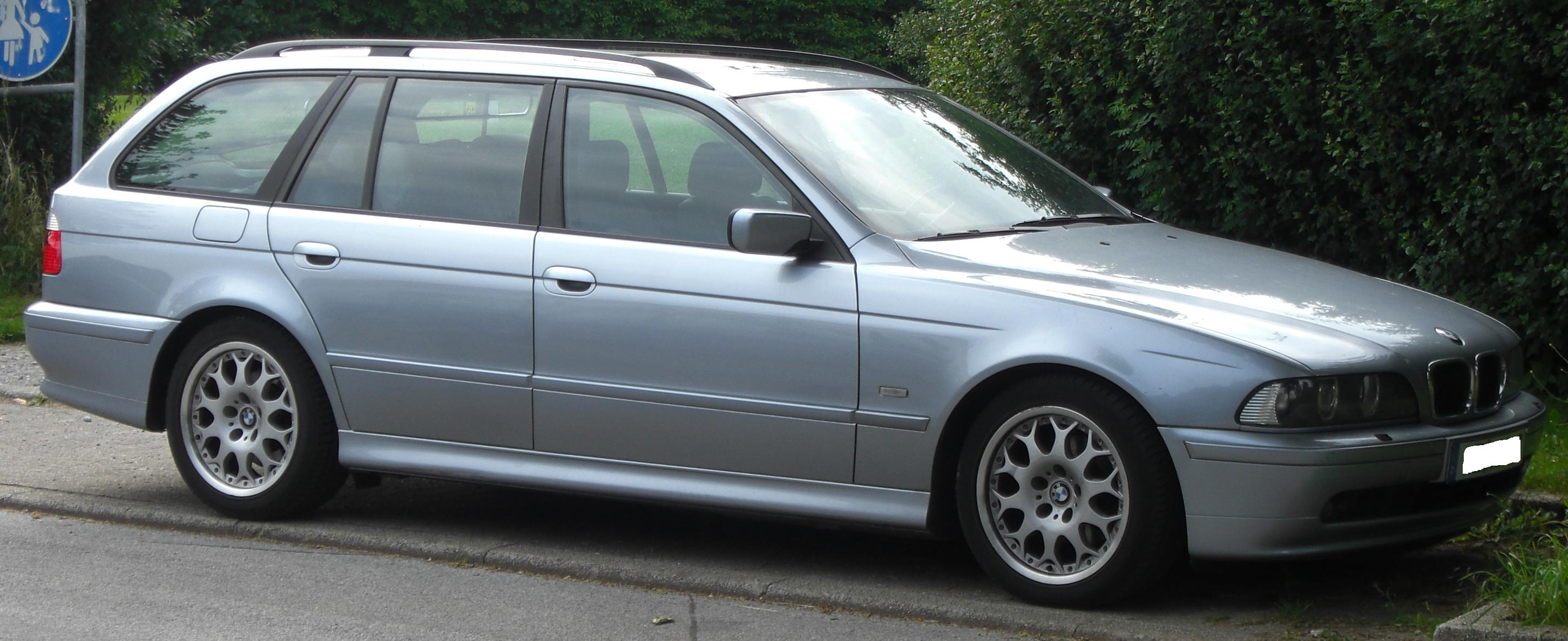 File Bmw 5er Touring E39 Side Jpg Wikimedia Commons