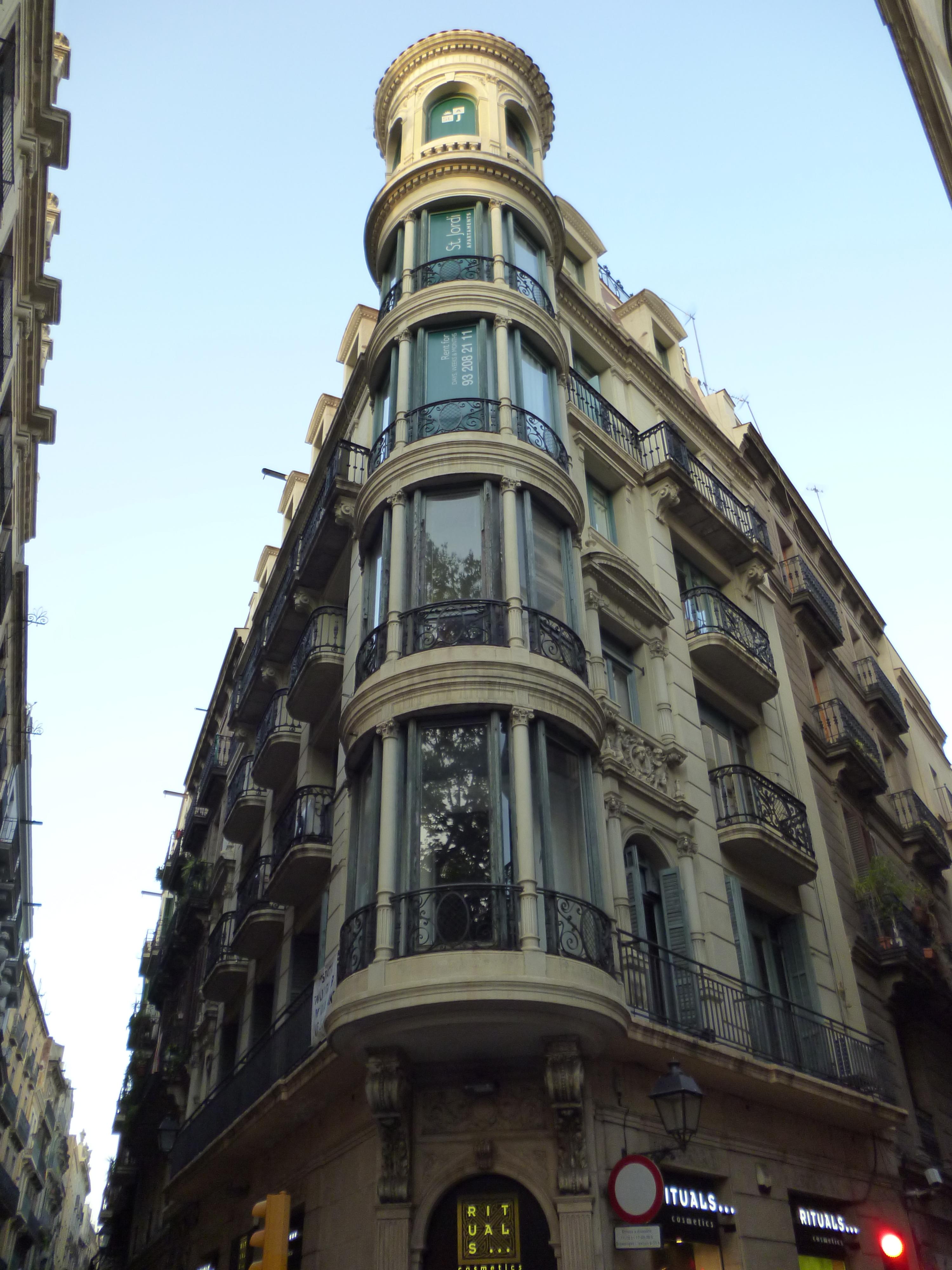 file barcelona architecture 7852933186 jpg. Black Bedroom Furniture Sets. Home Design Ideas