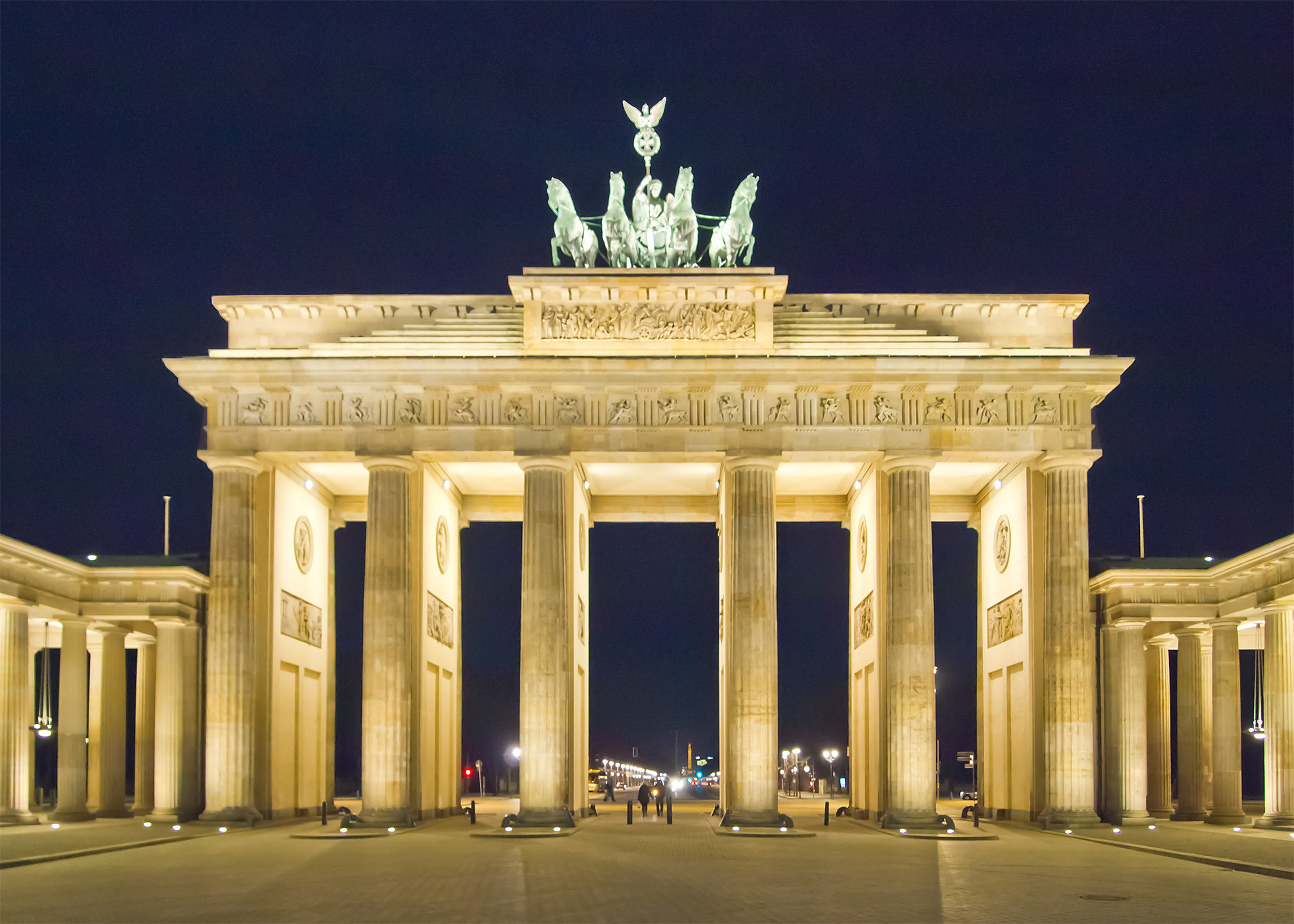 The Brandenburg Gate in Berlin at night, Germany.