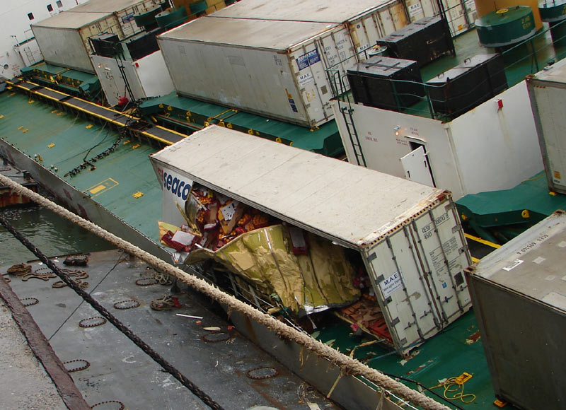 File broken container on reefer jpg wikimedia commons