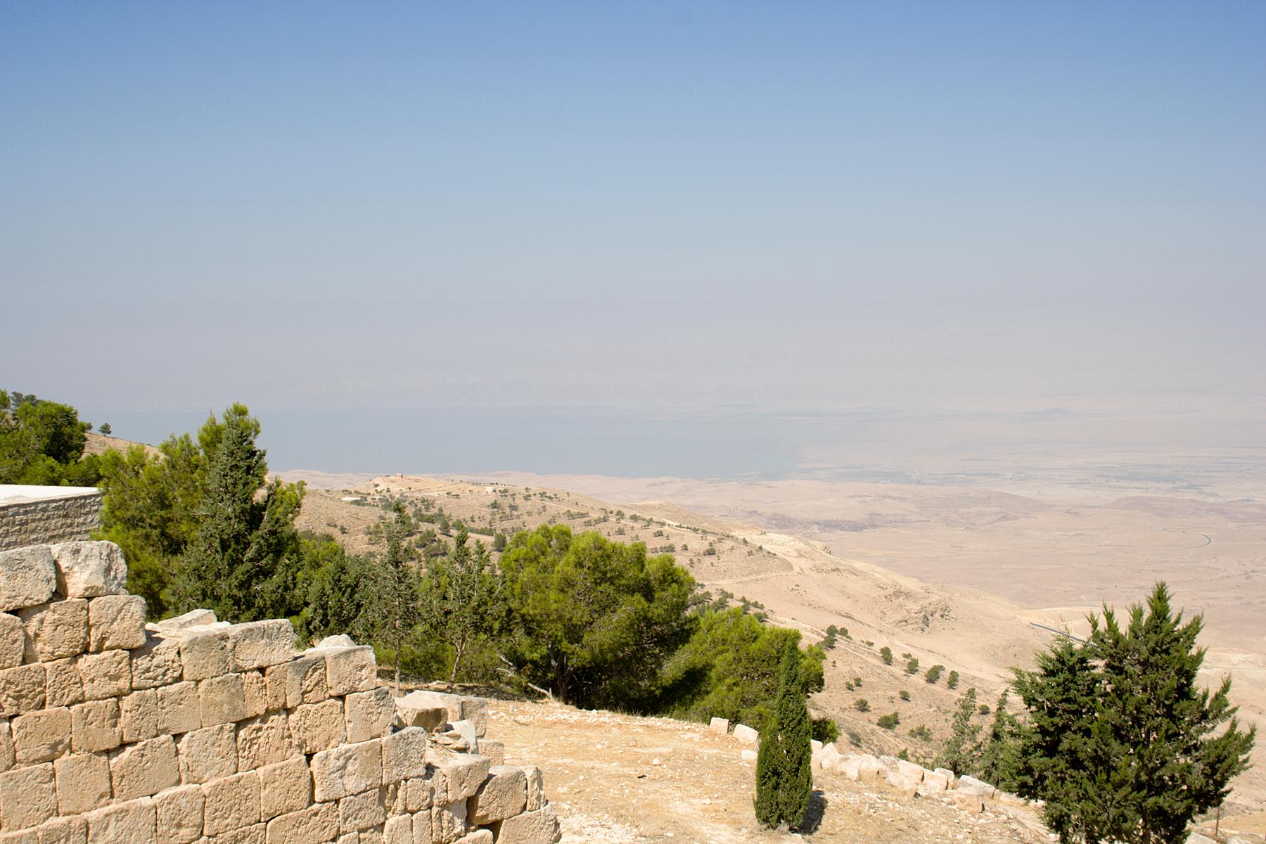 Dead_Sea_from_Mt_Nebo