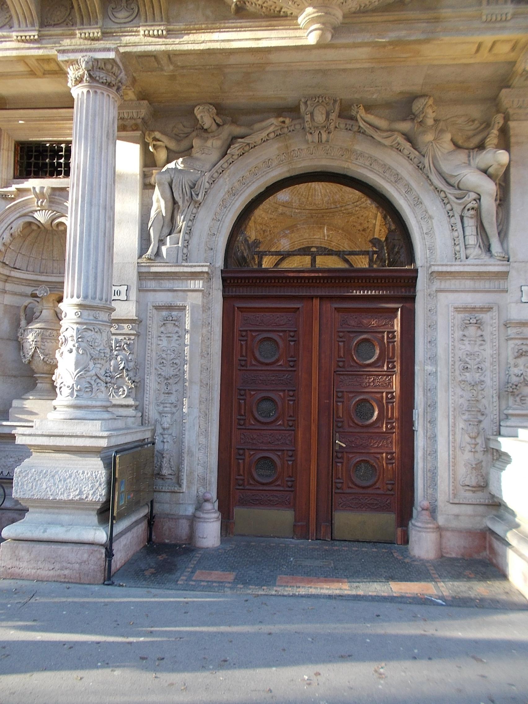 file:eclectic house portal (adolf feszty, 1884), 10 andrássy