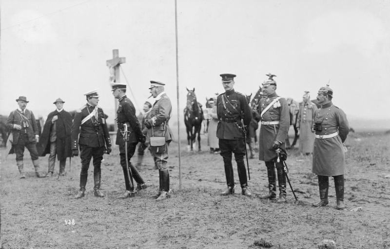 File:German Imperial Army on Manoeuvres, 1906; Winston Churchill, General  Hamilton and Lord Lonsdale with Kaiser Wilhelm II HU53858.jpg - Wikimedia  Commons