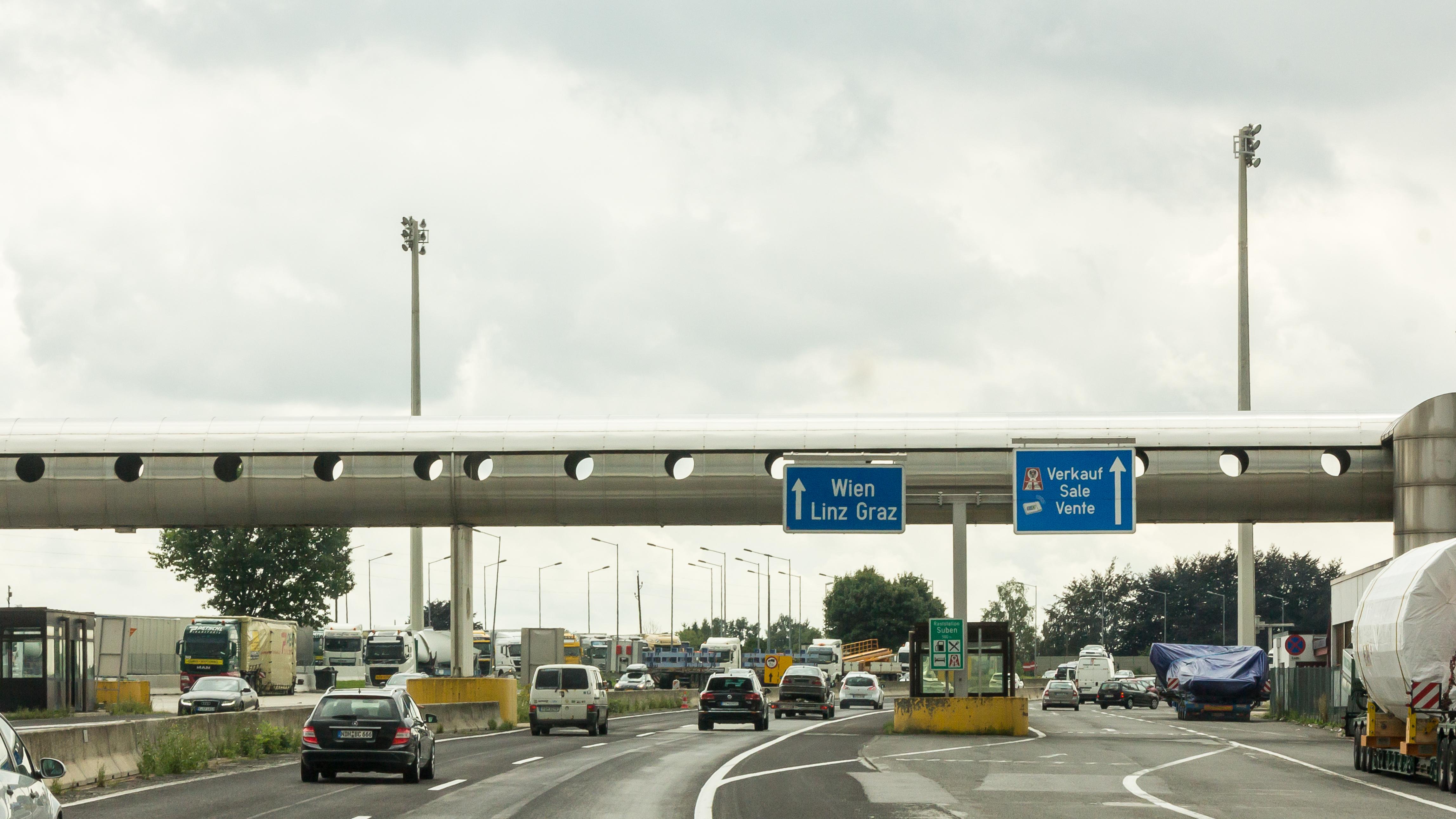 grenzübergang suben