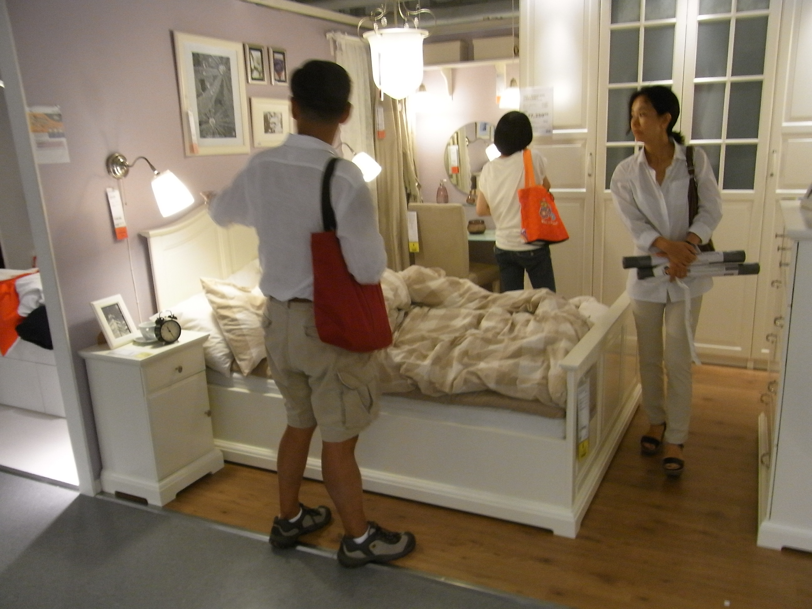 File:HK Causeway Bay IKEA Furniture Shop Interior Small Size Unit Design  Visitors July