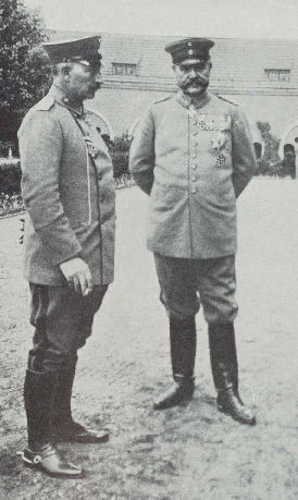 Kaiser Wilhelm II and Hindenburg H & K.jpg
