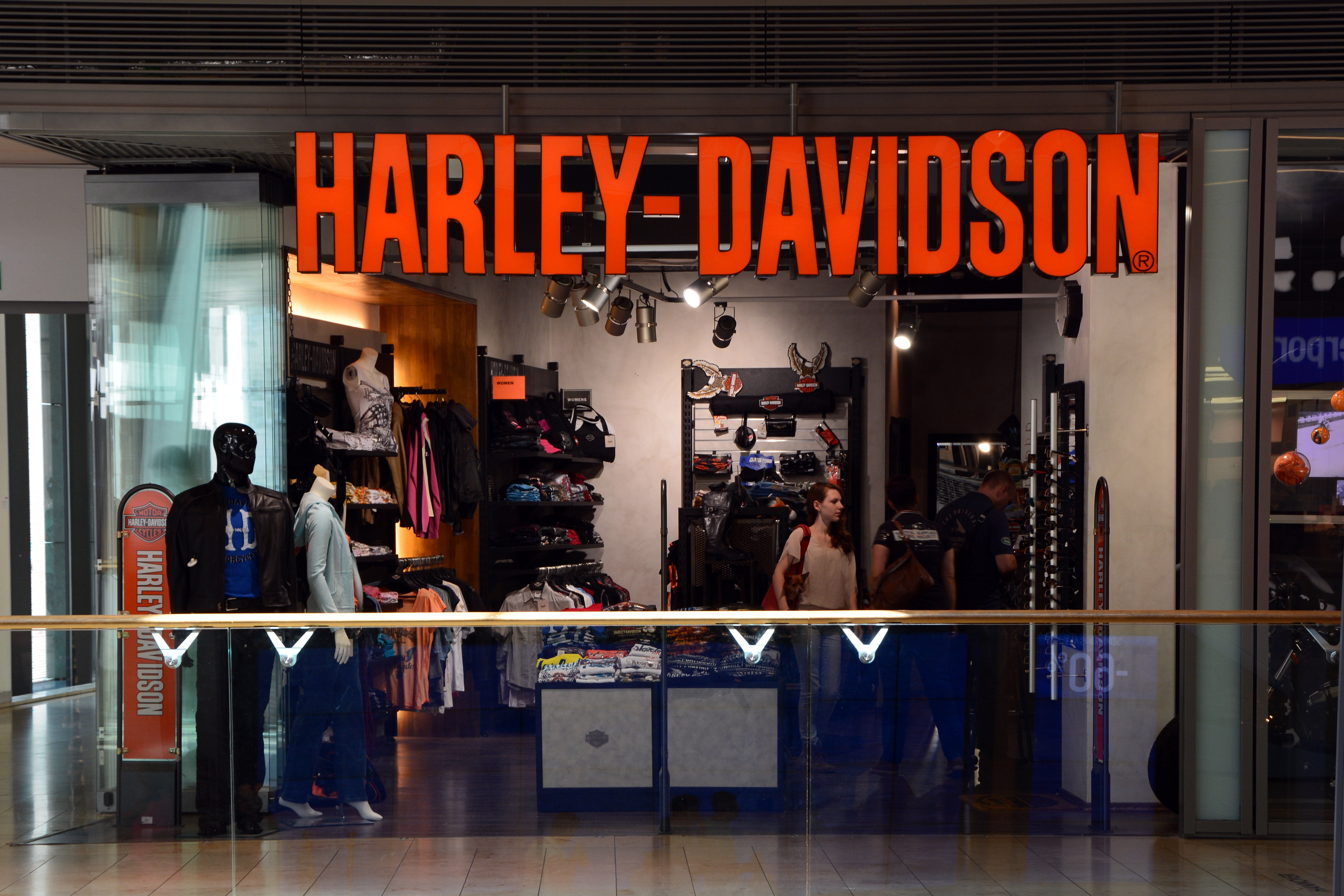 file harley davidson store wikimedia commons. Black Bedroom Furniture Sets. Home Design Ideas