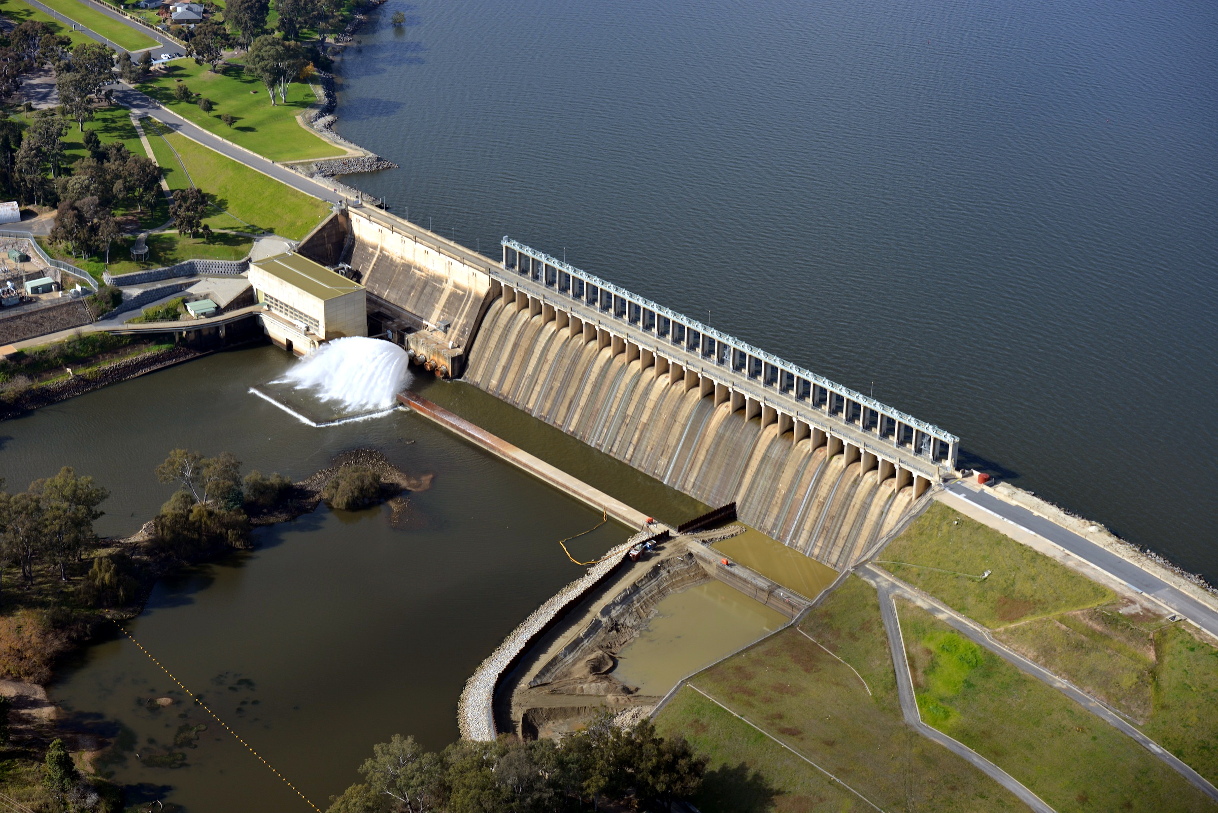 Hume Dam - Wikipedia