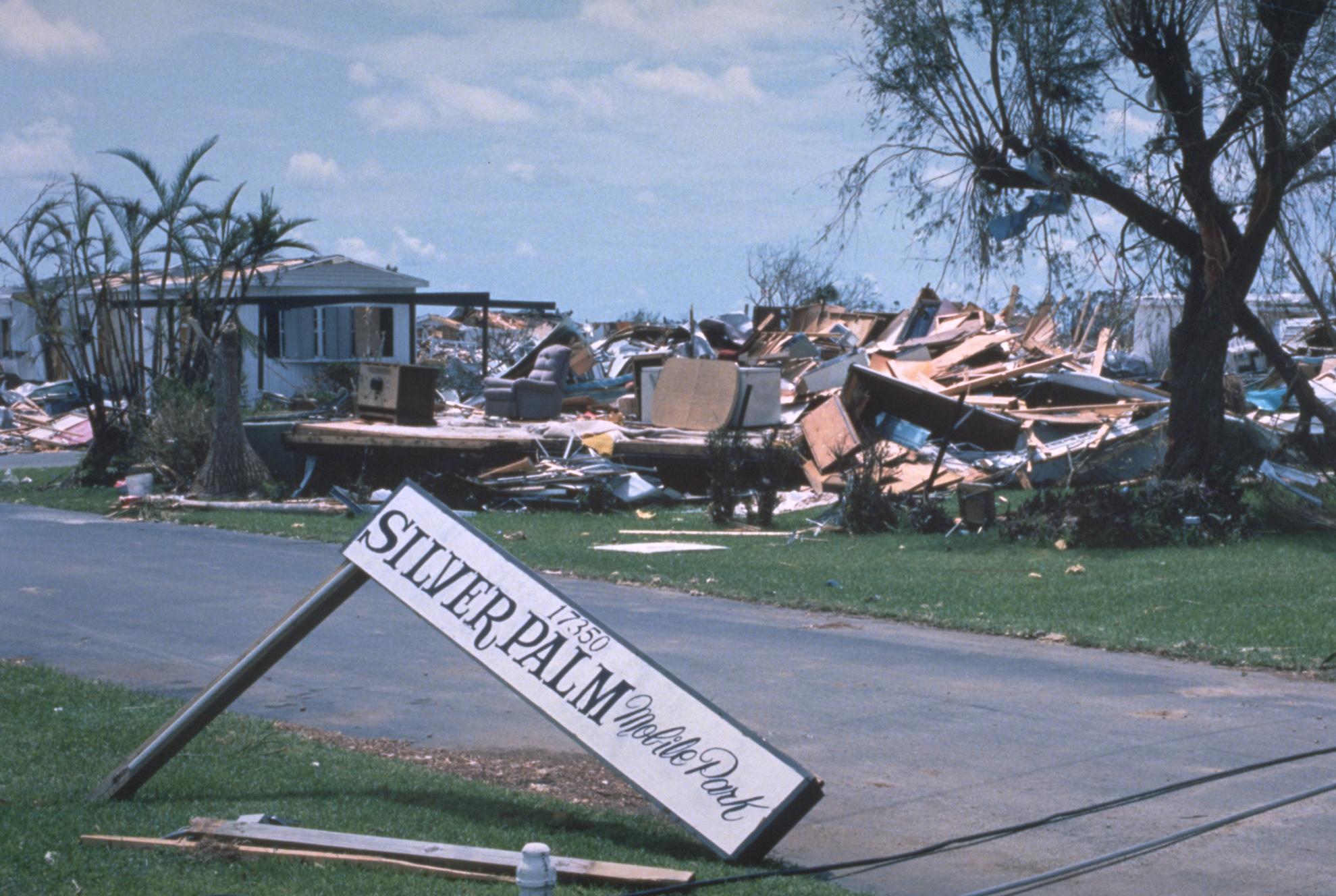 File:Hurricane andrew fema 2446.jpg