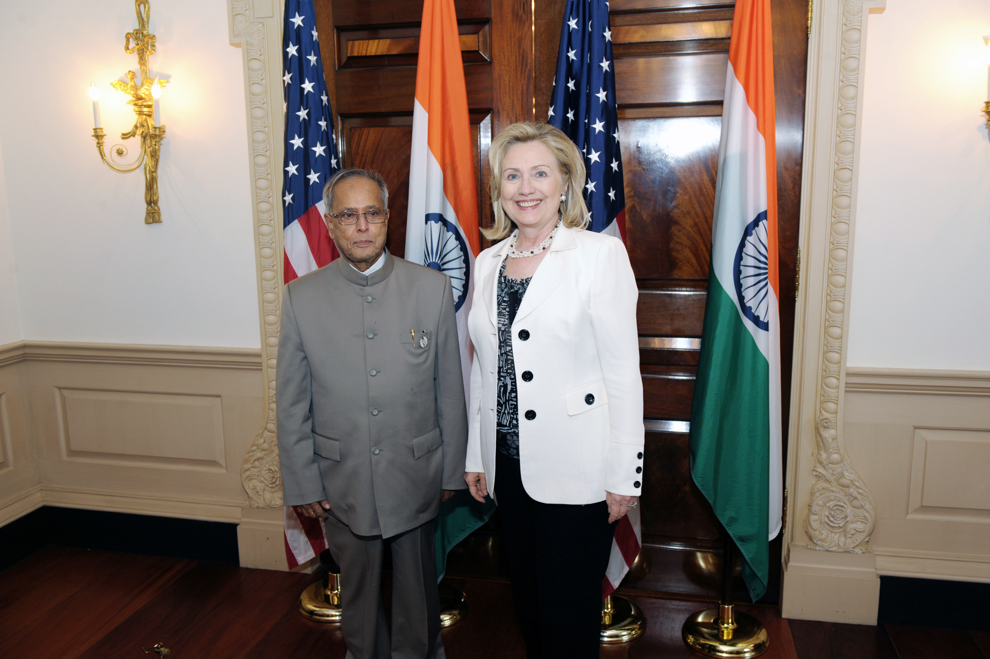 FileIndian Finance Minister Pranab Mukherjee With US Secretary Of - How tall is hillary clinton