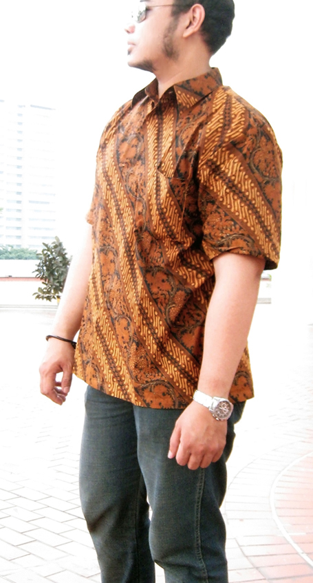 File:Indonesian Batik Shirt for Men.jpg - Wikimedia Commons