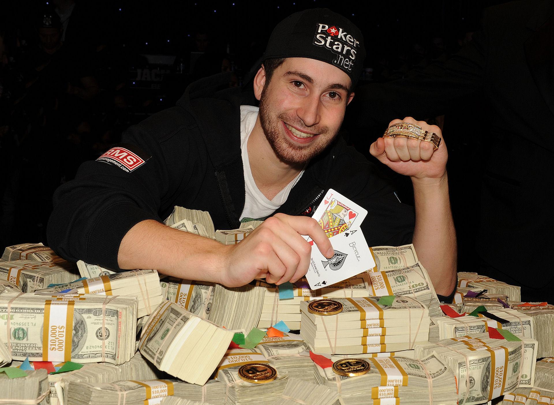 чемпионат мира по покеру чемпион