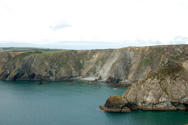 Landslips on the cliff-face between Solva and Dinas Head - geograph.org.uk - 1534368