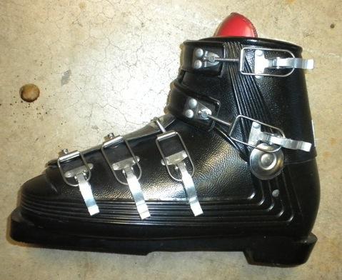 Swinger Boot