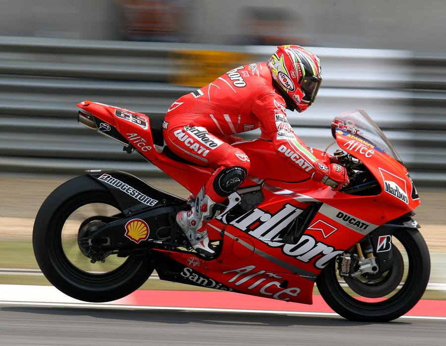 Loris_Capirossi_MotoGP_China_2007.jpg