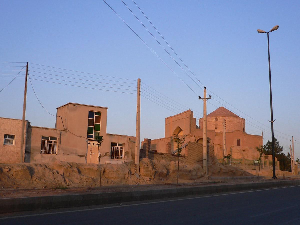 مؤمنآباد (سرخه)