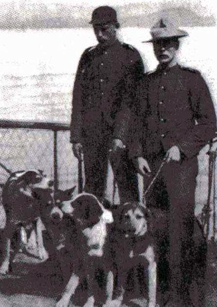 NWMP Klondike 1897.jpg
