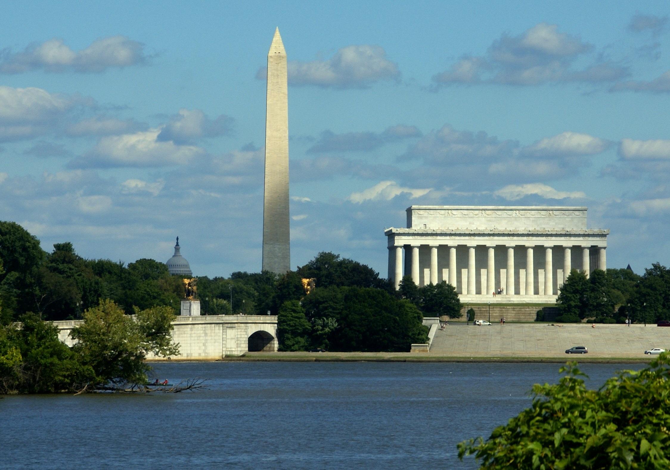 Washington Dc Monument Tour Bus