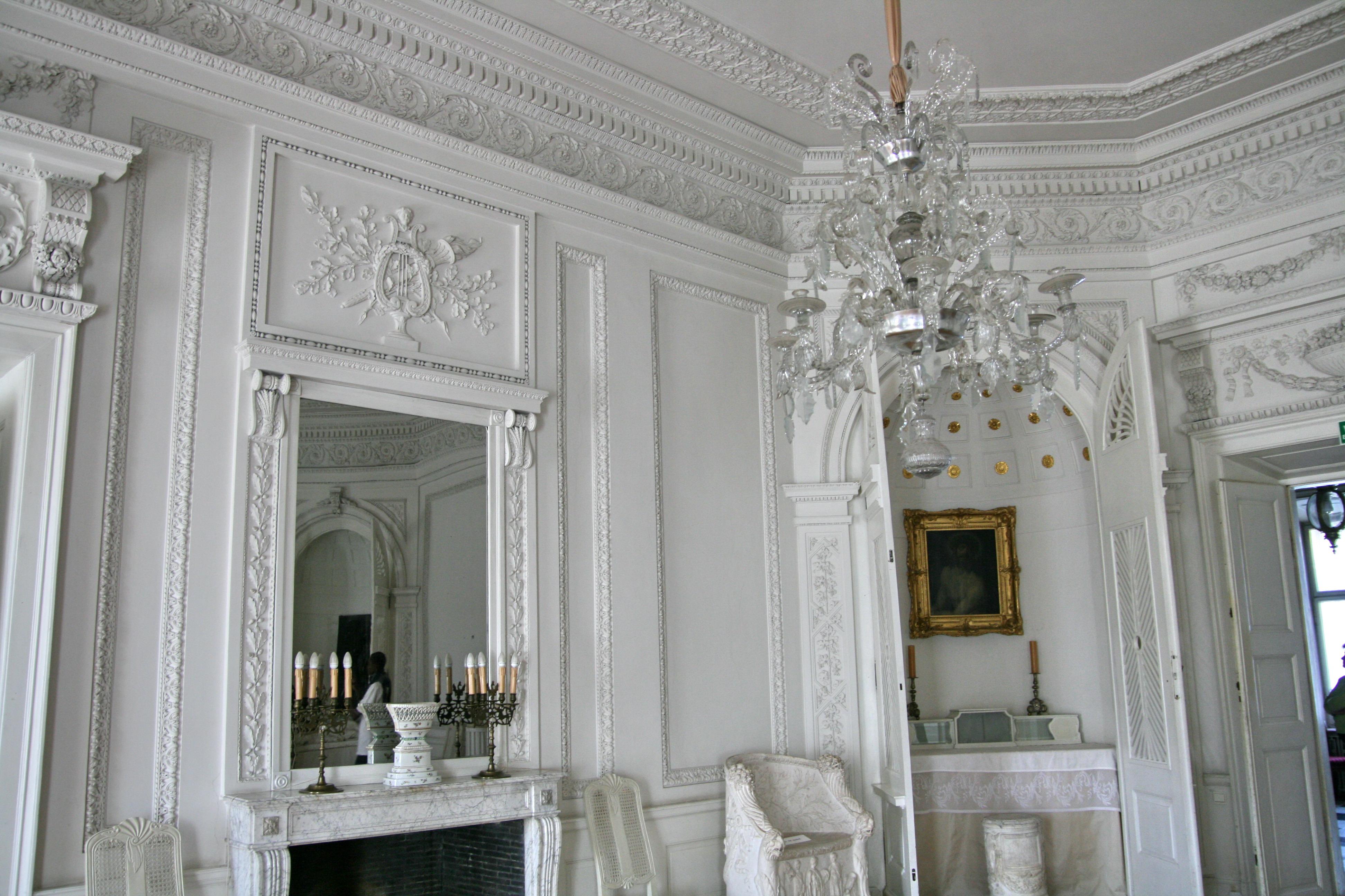 File:Nieborów Palace - The White Room.jpg - Wikimedia Commons