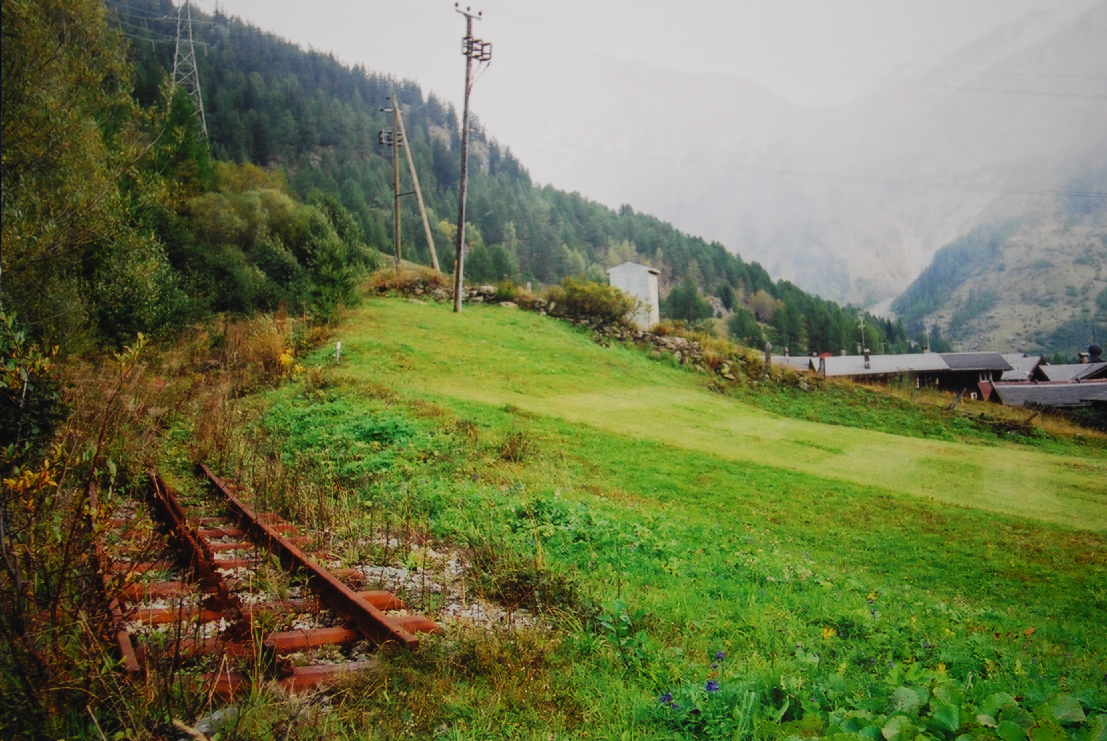 Valais Switzerland : 日本地図 新幹線 : 日本