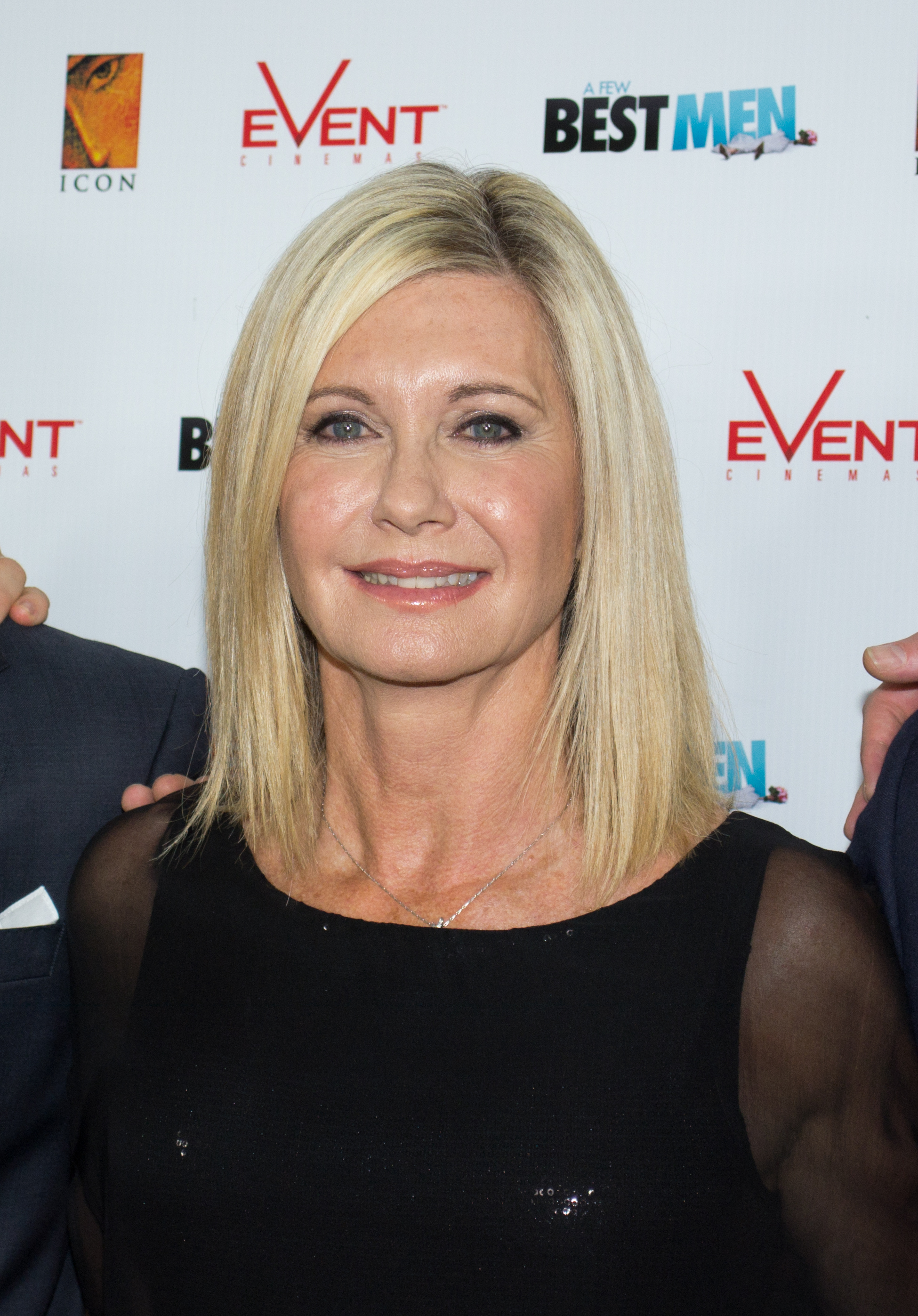 Description Olivia Newton John 2012.jpg