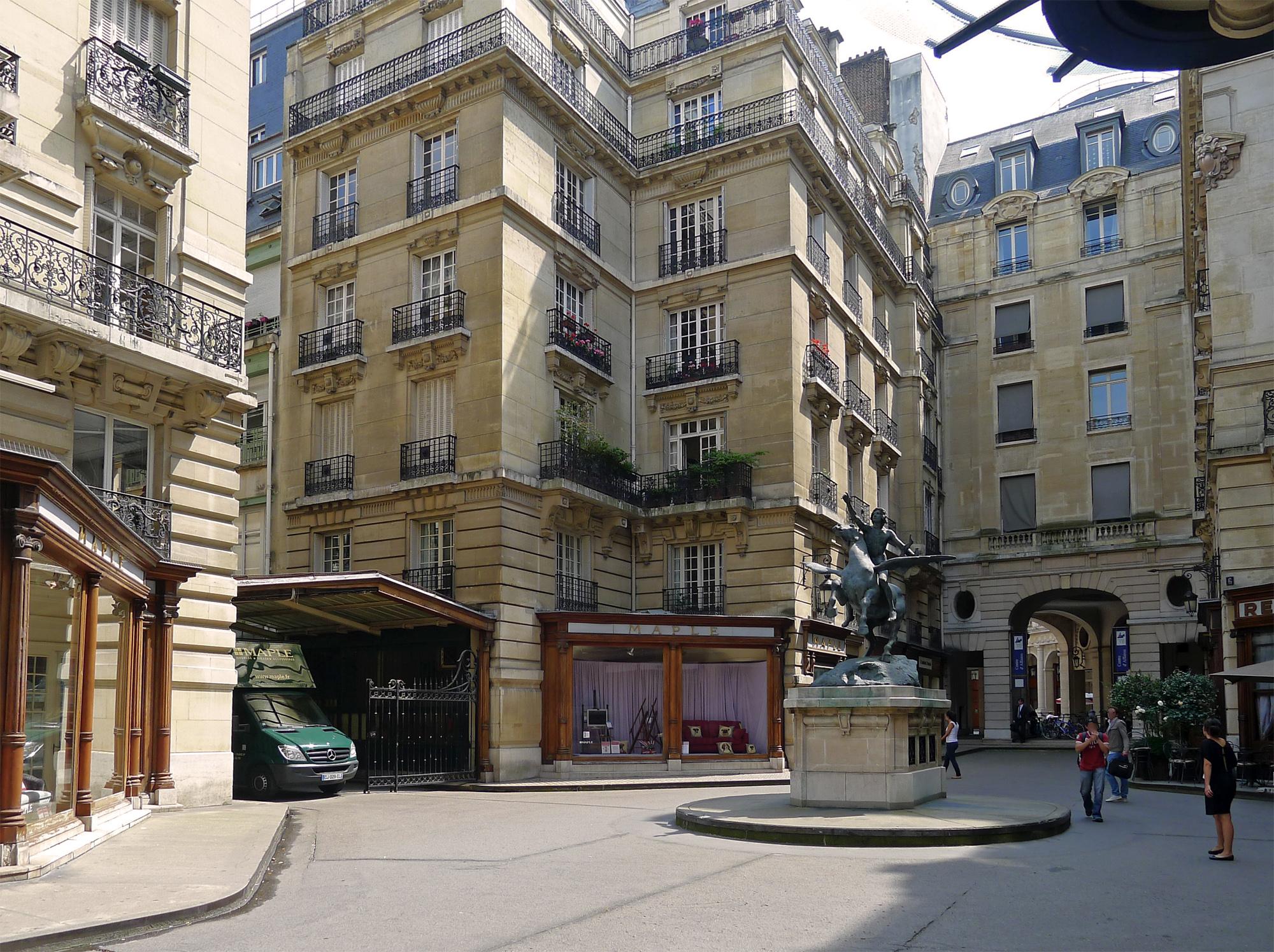 Restaurant Rue Louis Blanc Aigues Mortes