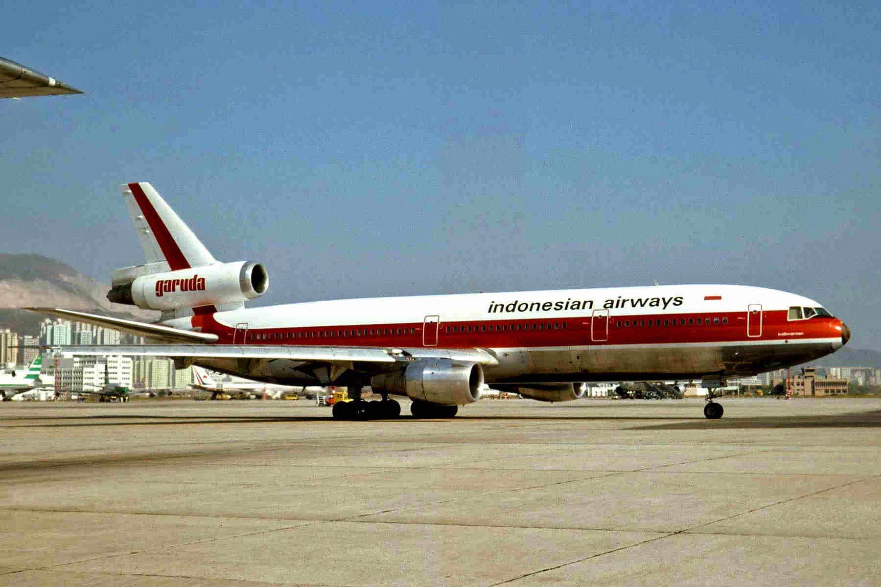 Garuda indonesia flight 865 wikipedia pk gie dc 10 30 garuda hkg 27oct81 5635737289g stopboris Choice Image