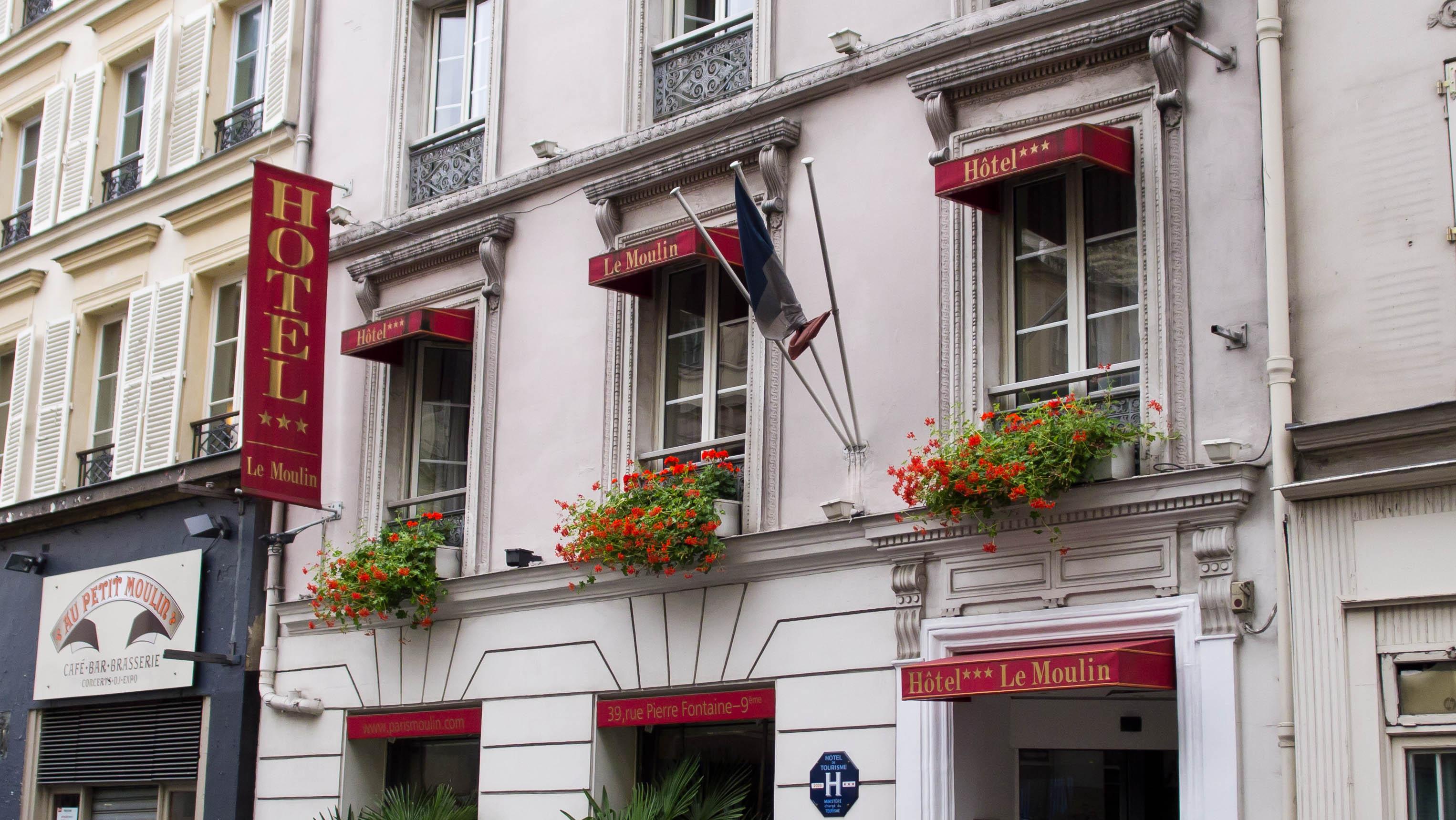 Hotel Moulin Plaza Parigi
