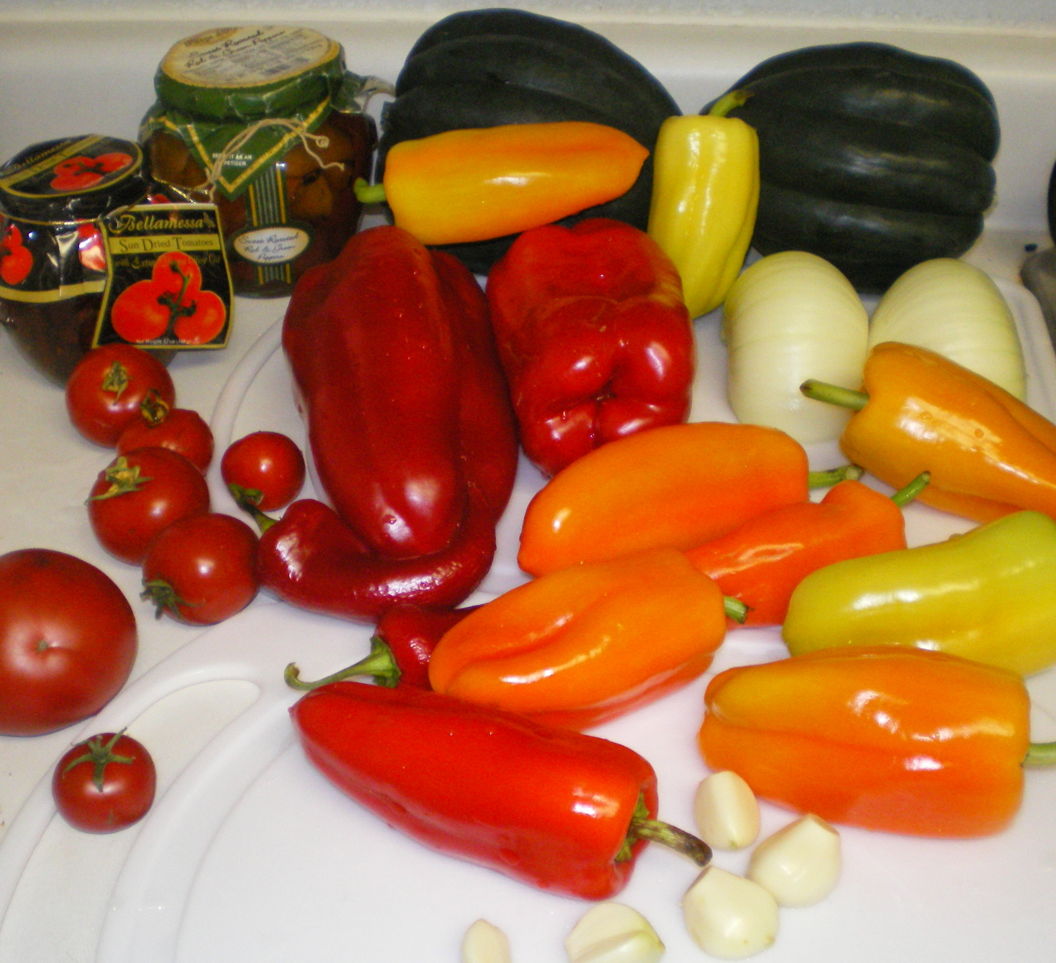 Description Peppers Butternut squash tomato onions garlic dinner.jpg