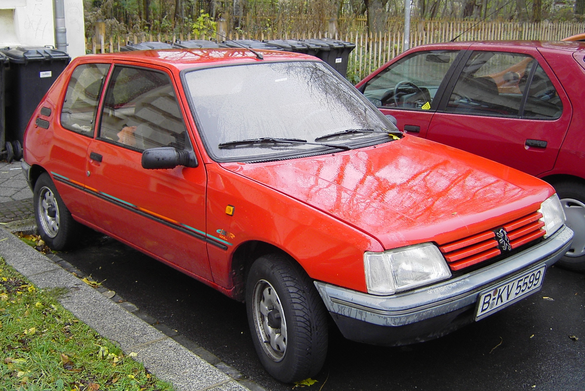 File:Peugeot 205 Color Line.jpg